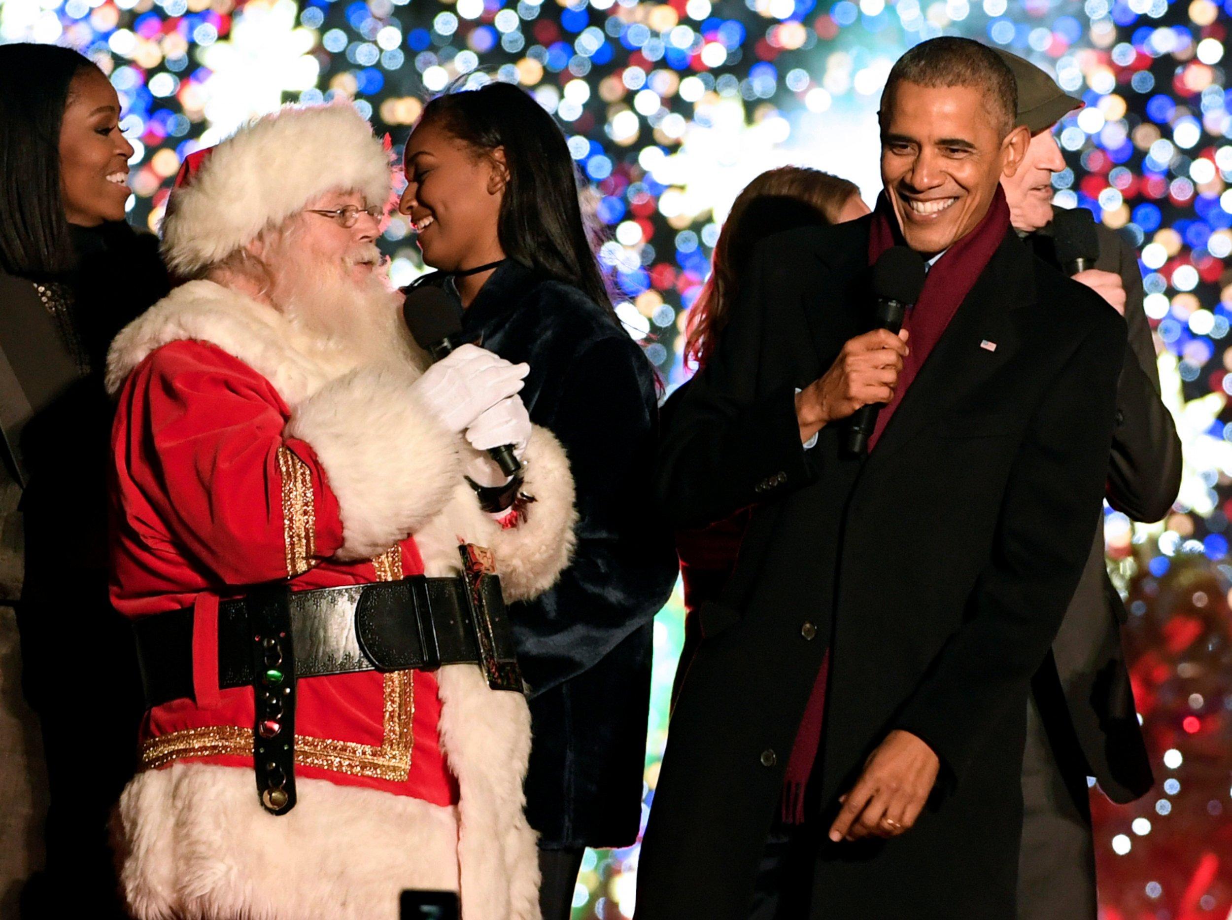 12_25_Obama_Christmas_02