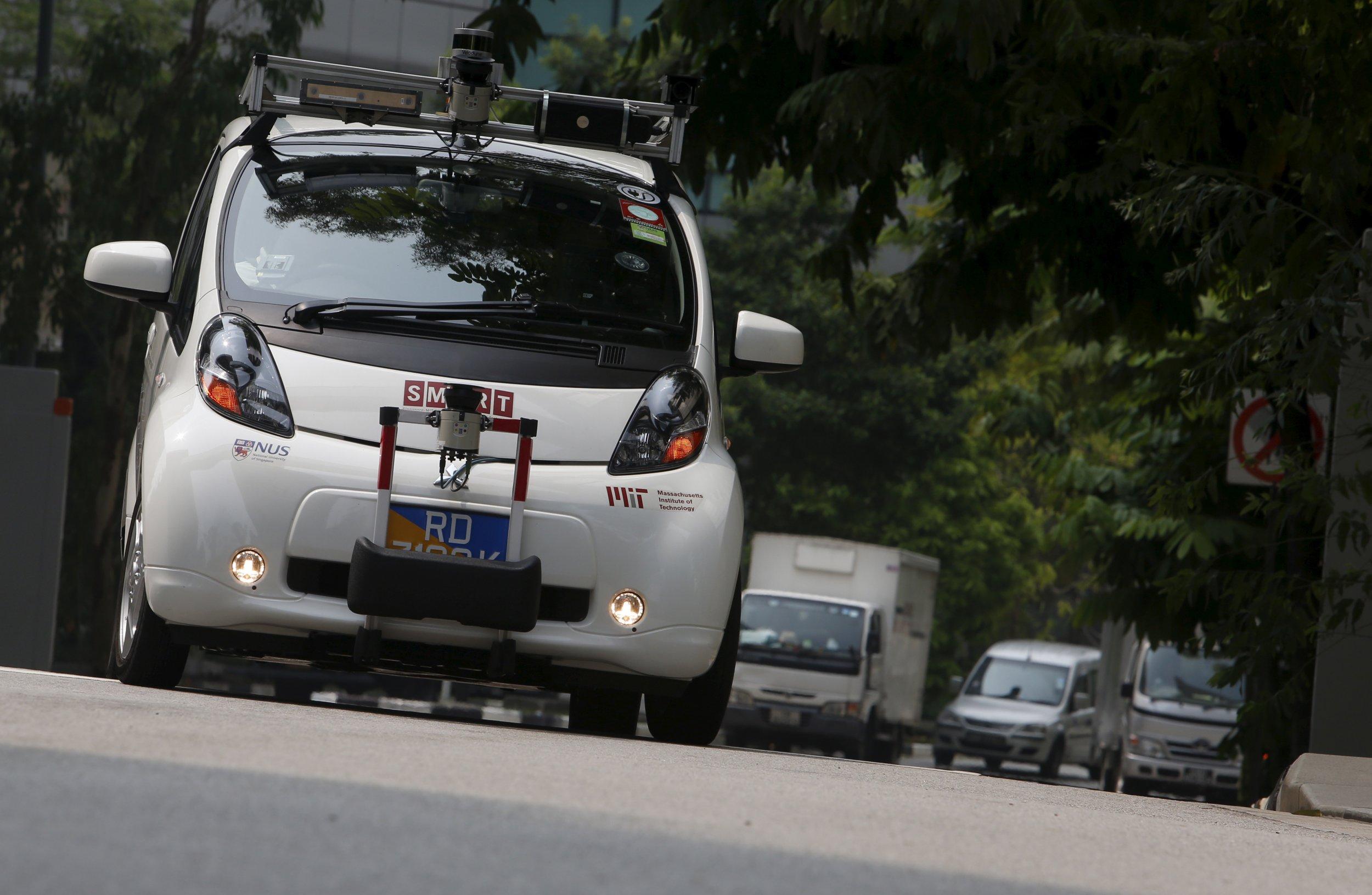 12_31_Google_Car_01