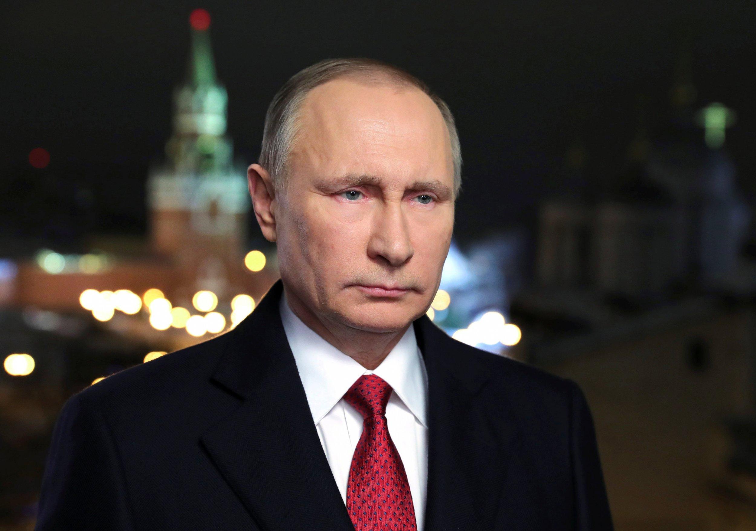 01_02_Putin_Sanction_01