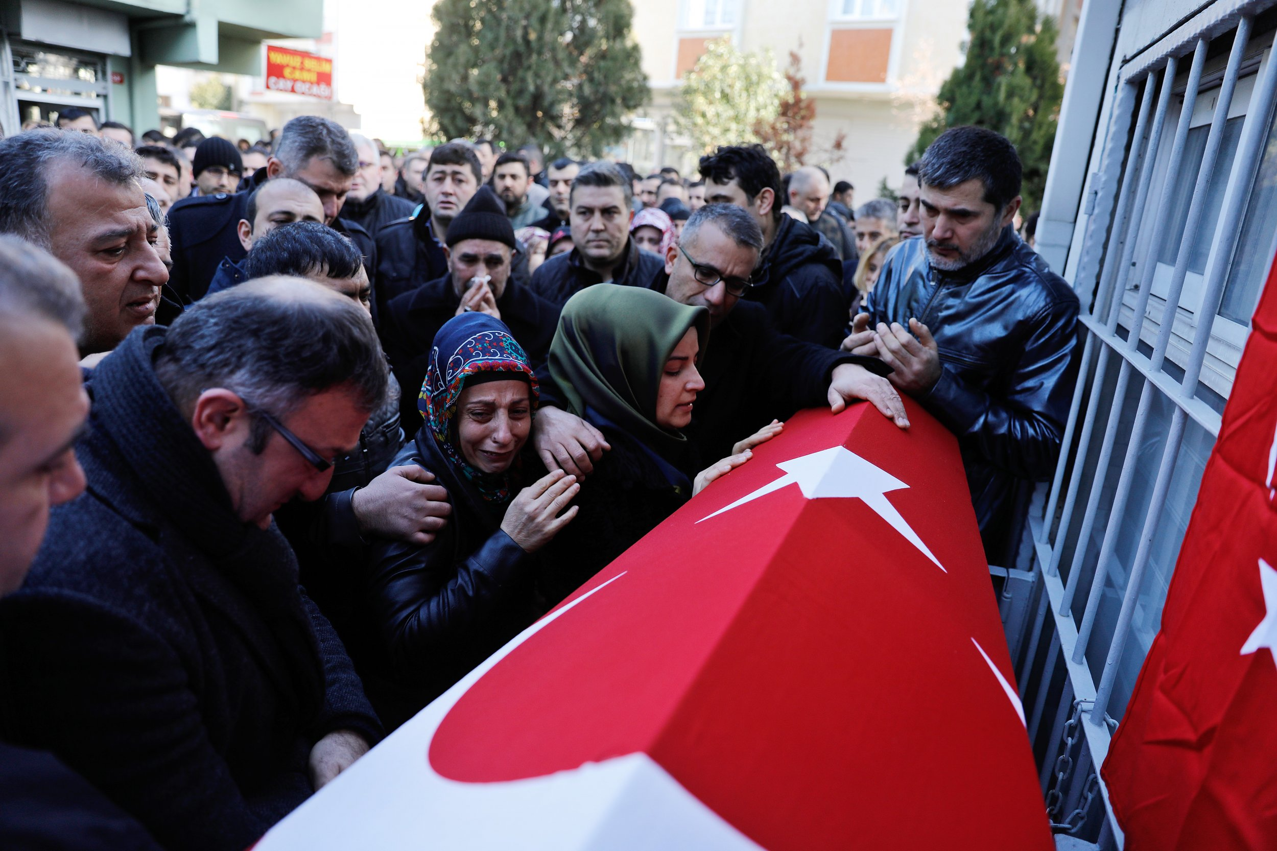 01_02_istanbul_attack_01