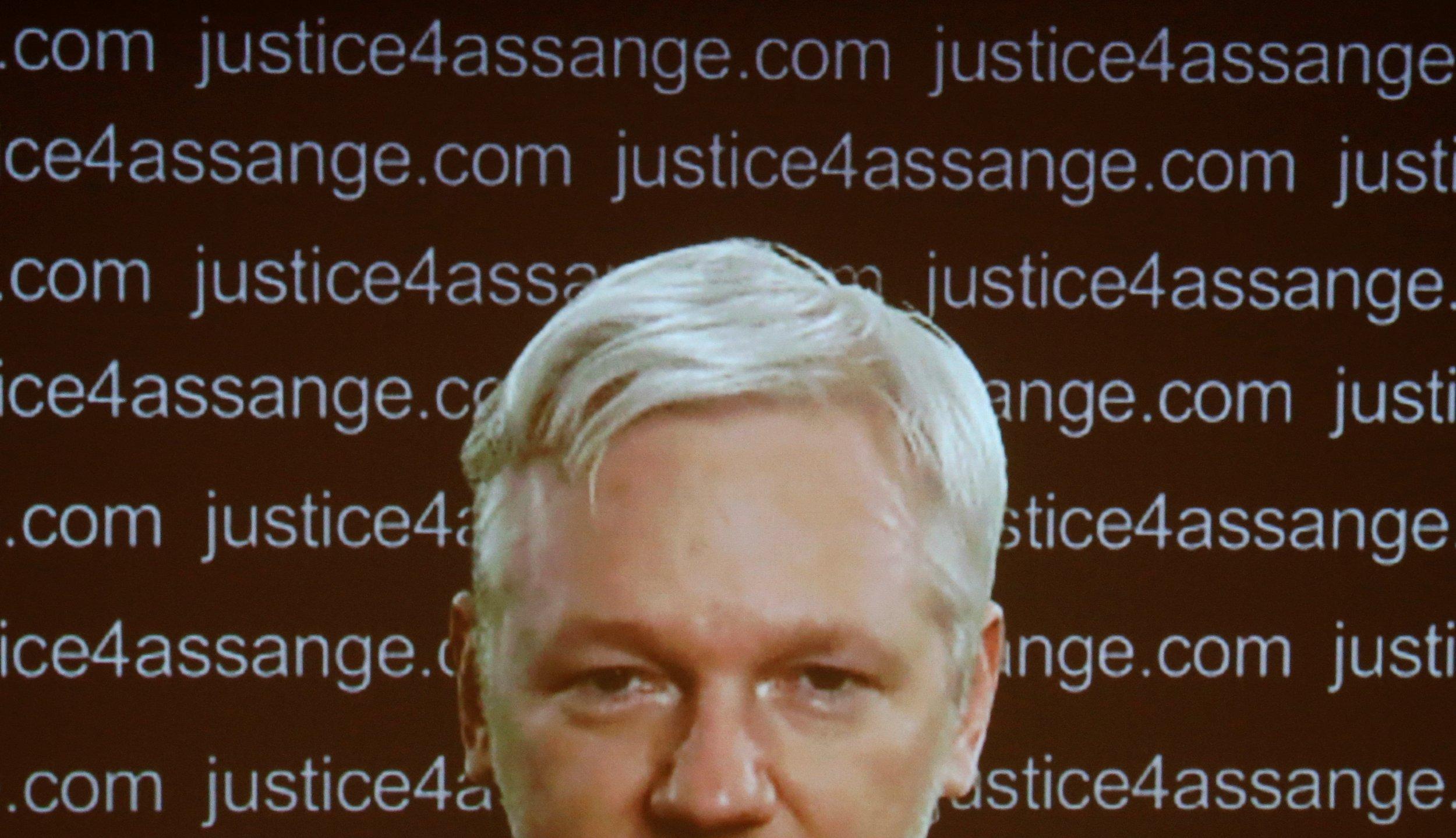 julian assange wikileaks donald trump