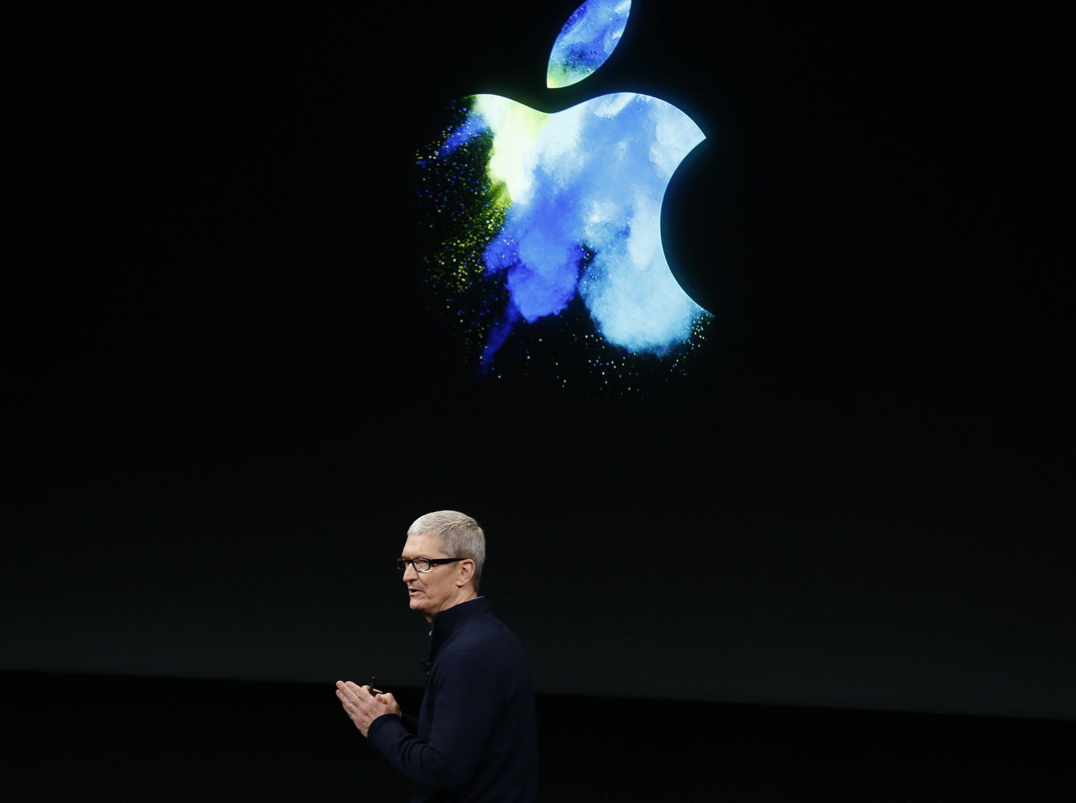 Apple CEO Tim Cook 'Disrespectful to the Irish People'