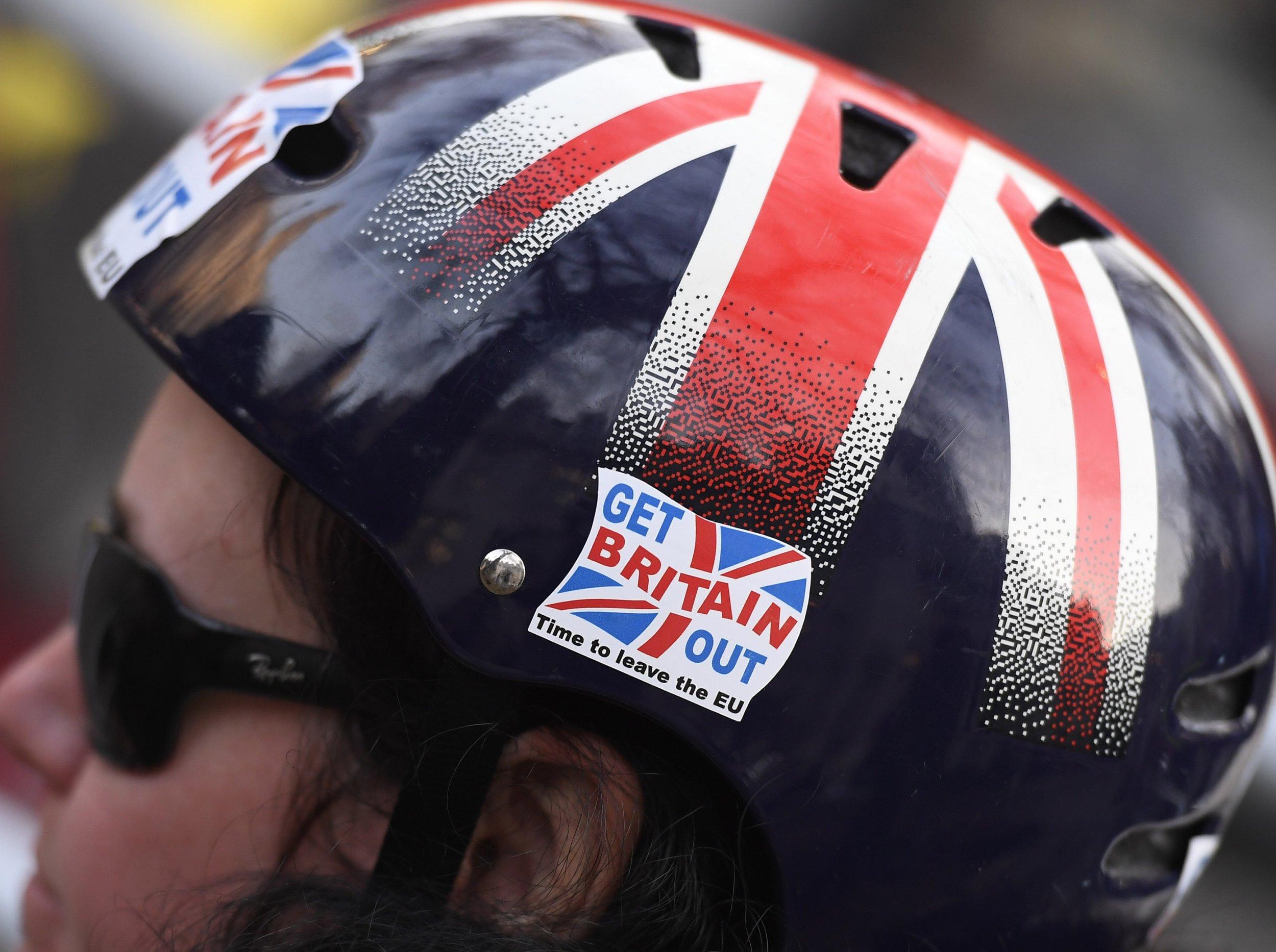 Brexit protection helmet