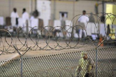 01_11_Gitmo_Prison_01