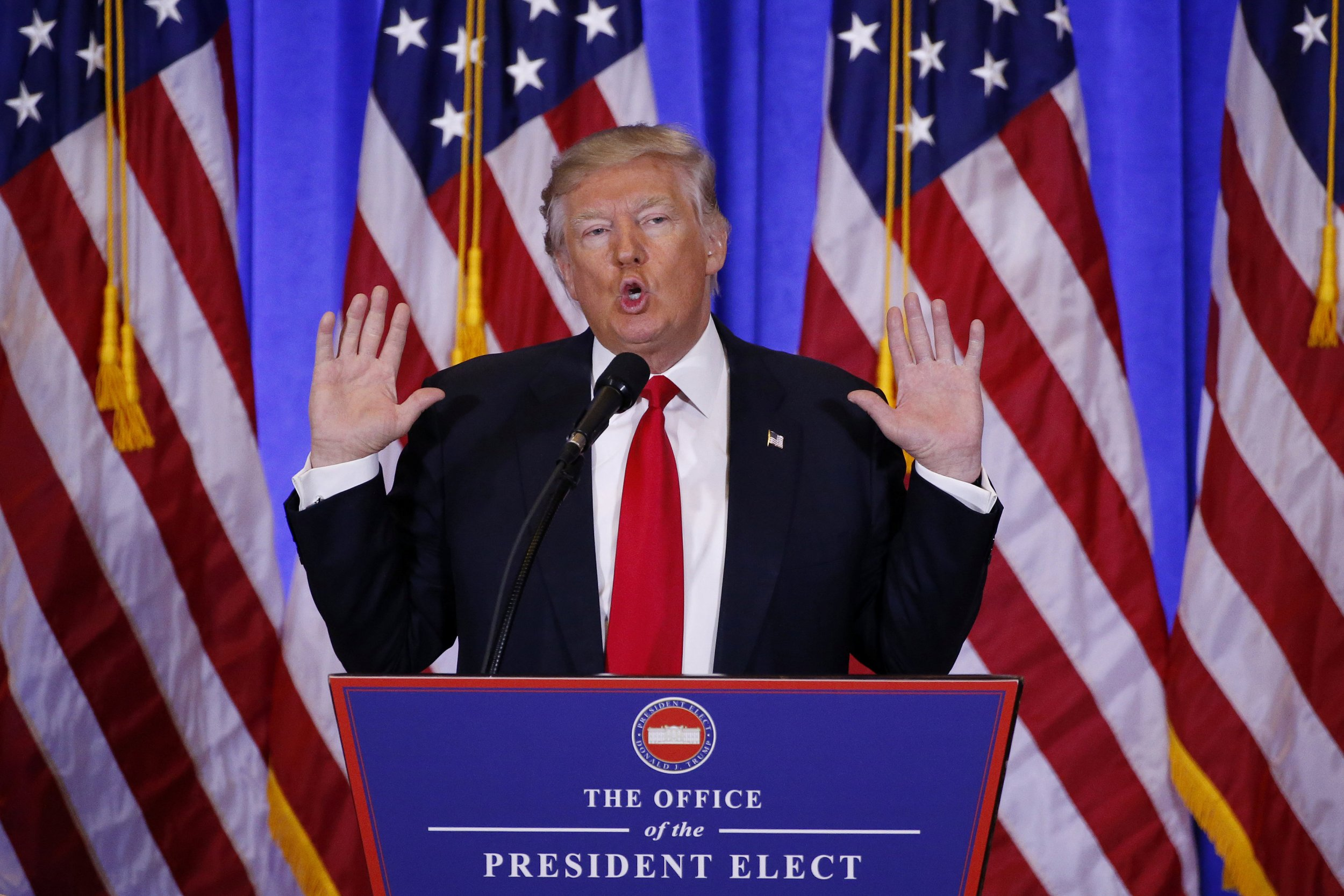 Donald Trump Dismisses Russia Reports as 'Fake News' During Bizarre Press Conference