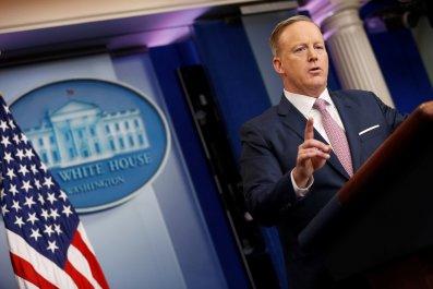 0124_Sean_Spicer_press_briefing_01