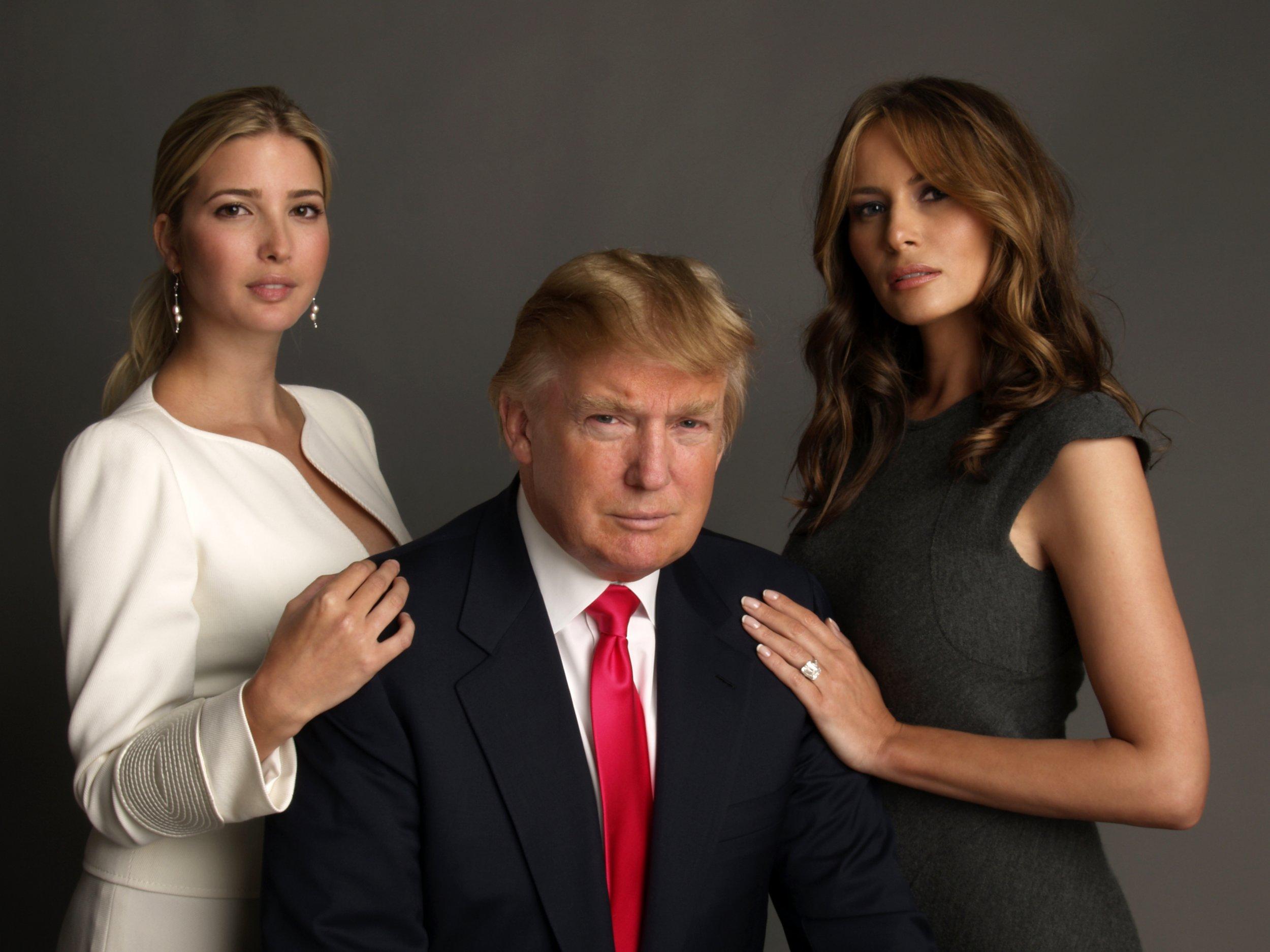 LMAGA DONALD TRUMP W// FIRST LADY MELANIA /& DAUGHTER IVANKA 45TH PRESIDENT PHOTO