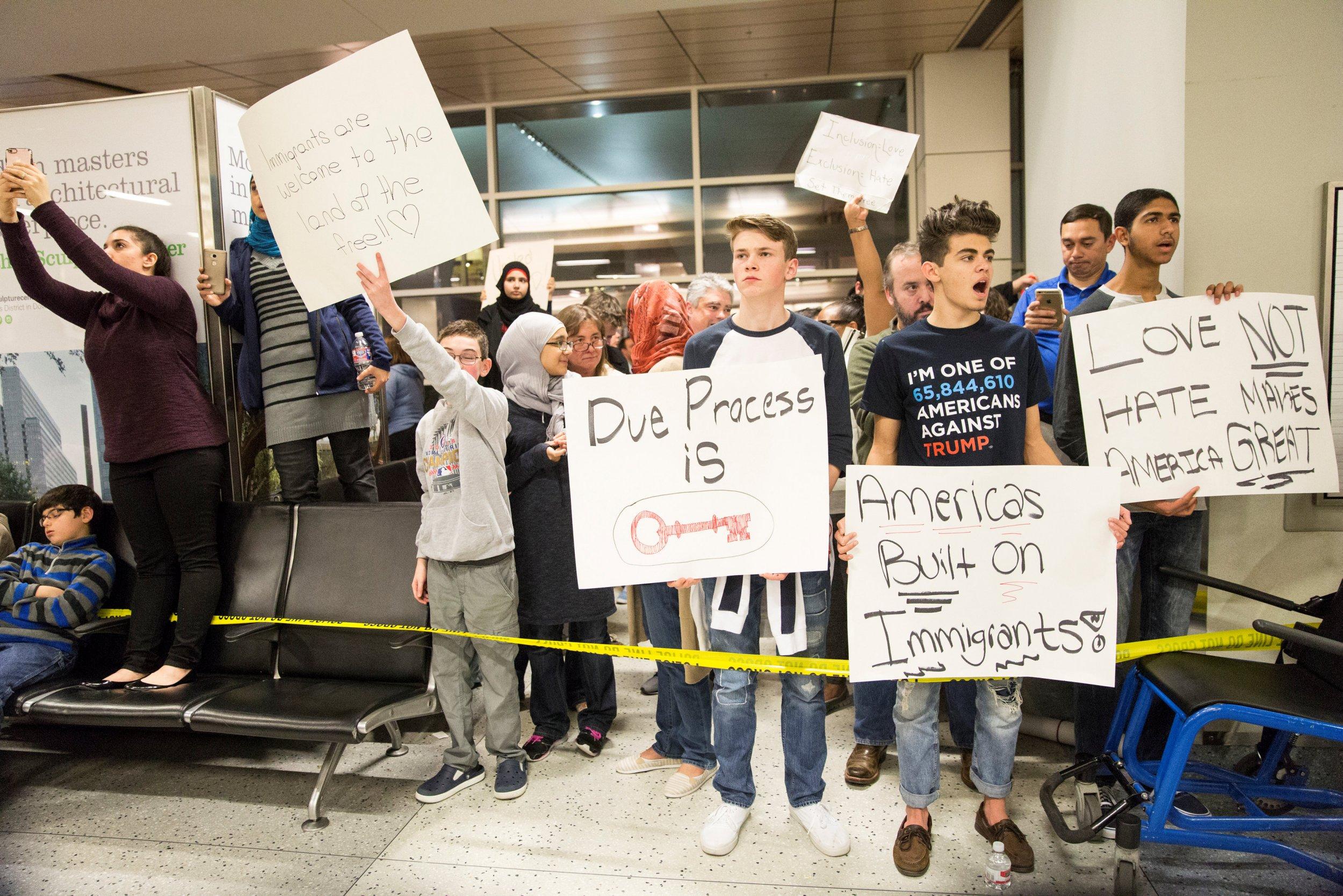 Muslim_Ban_AirportProtests_0128