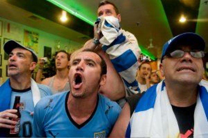 world-cup-netherlands-uruguay-chivito-de-oro-04