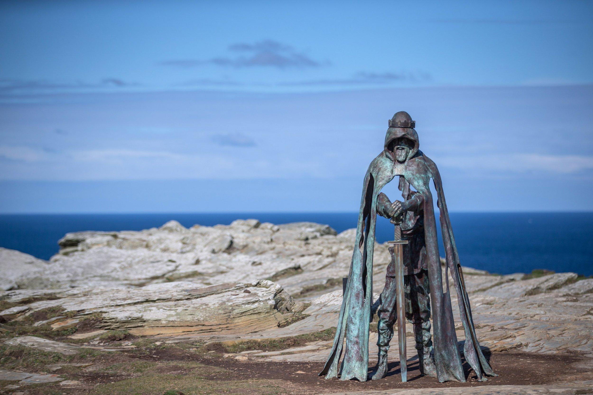 Tintagel Castle sculpture 2016