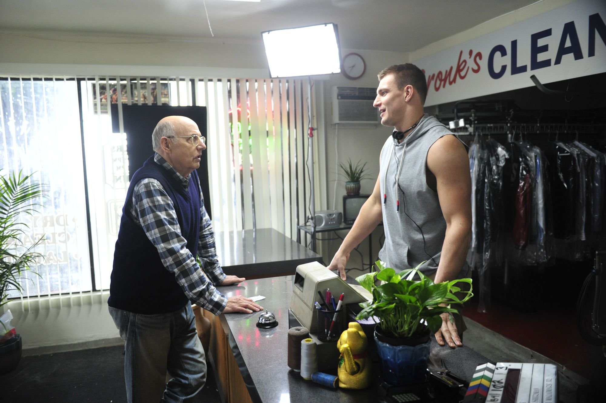 Jeffrey Tambor and Rob Gronkowski in Tide Super Bowl commercial