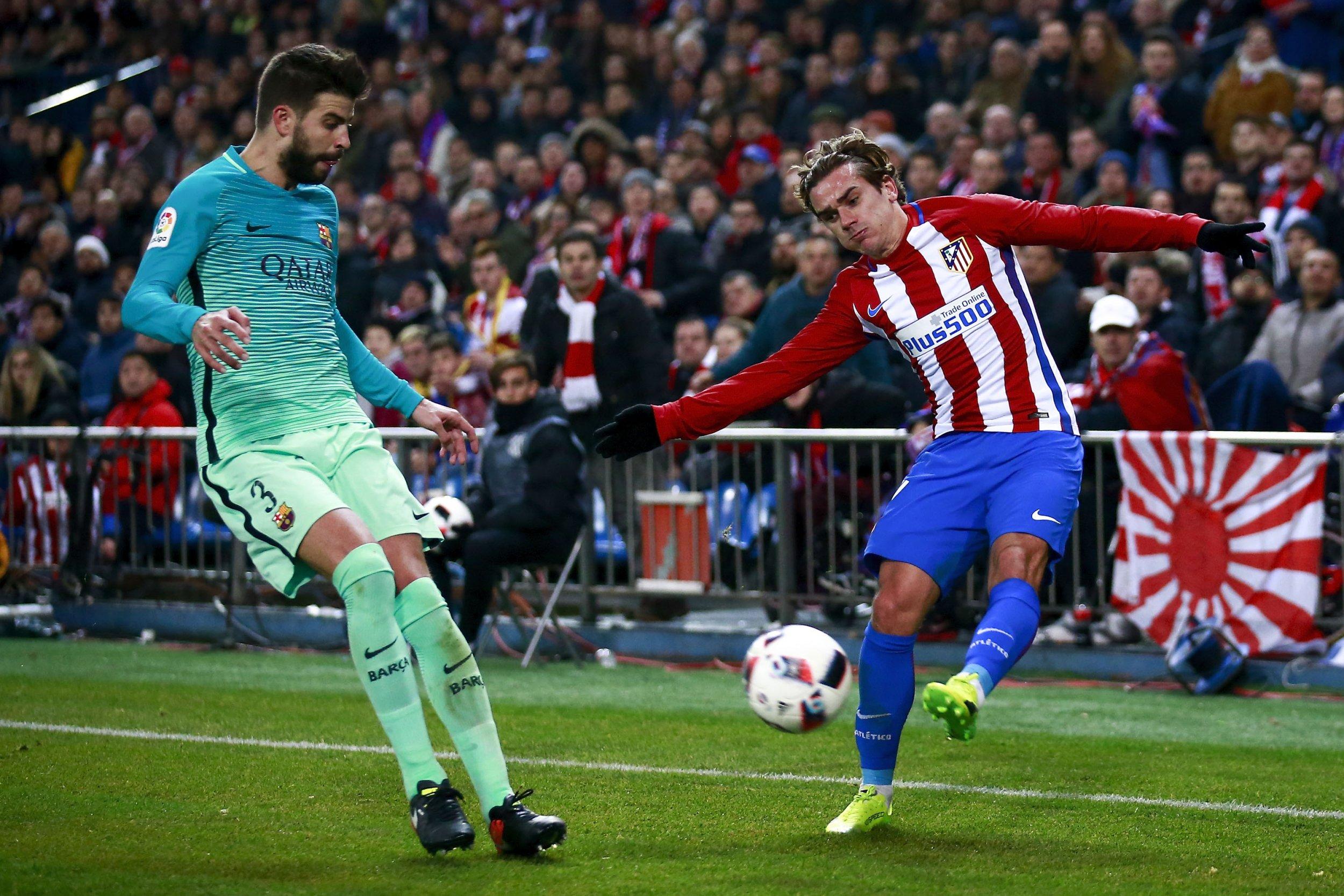 Atletico Madrid striker Antoine Griezmann, right.