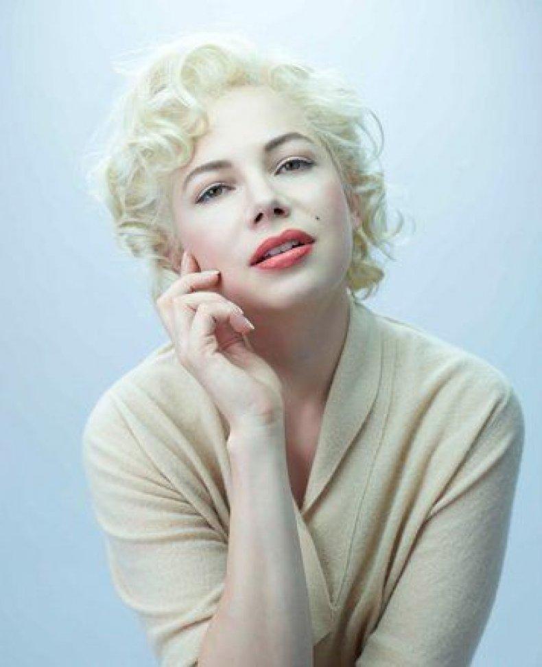marilyn-monroe-look-alikes---michelle-williams