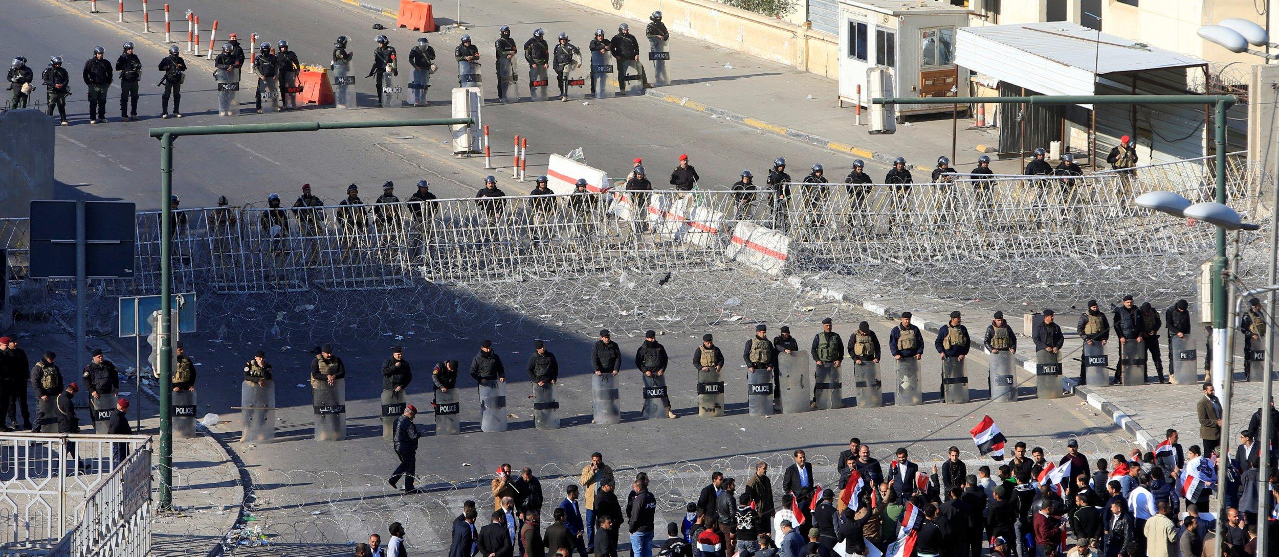 02_11_baghdad_protests_01
