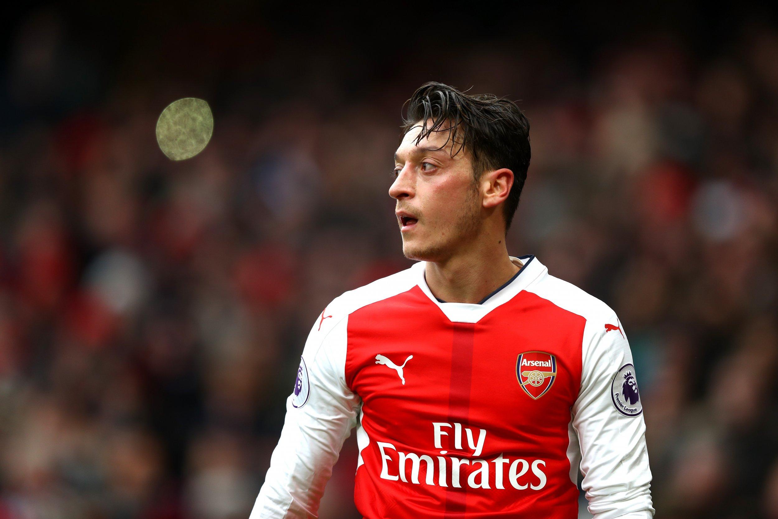 buy online c6ca2 9c53d Arsene Wenger Identifies Problem in Arsenal's Star Player