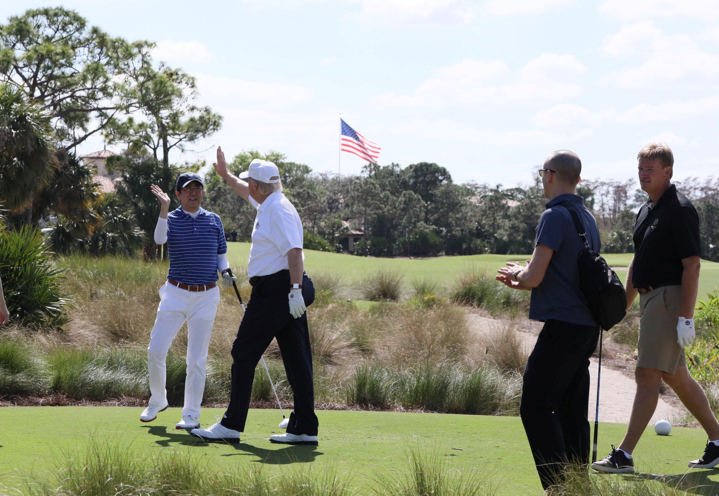 Trump Abe golf