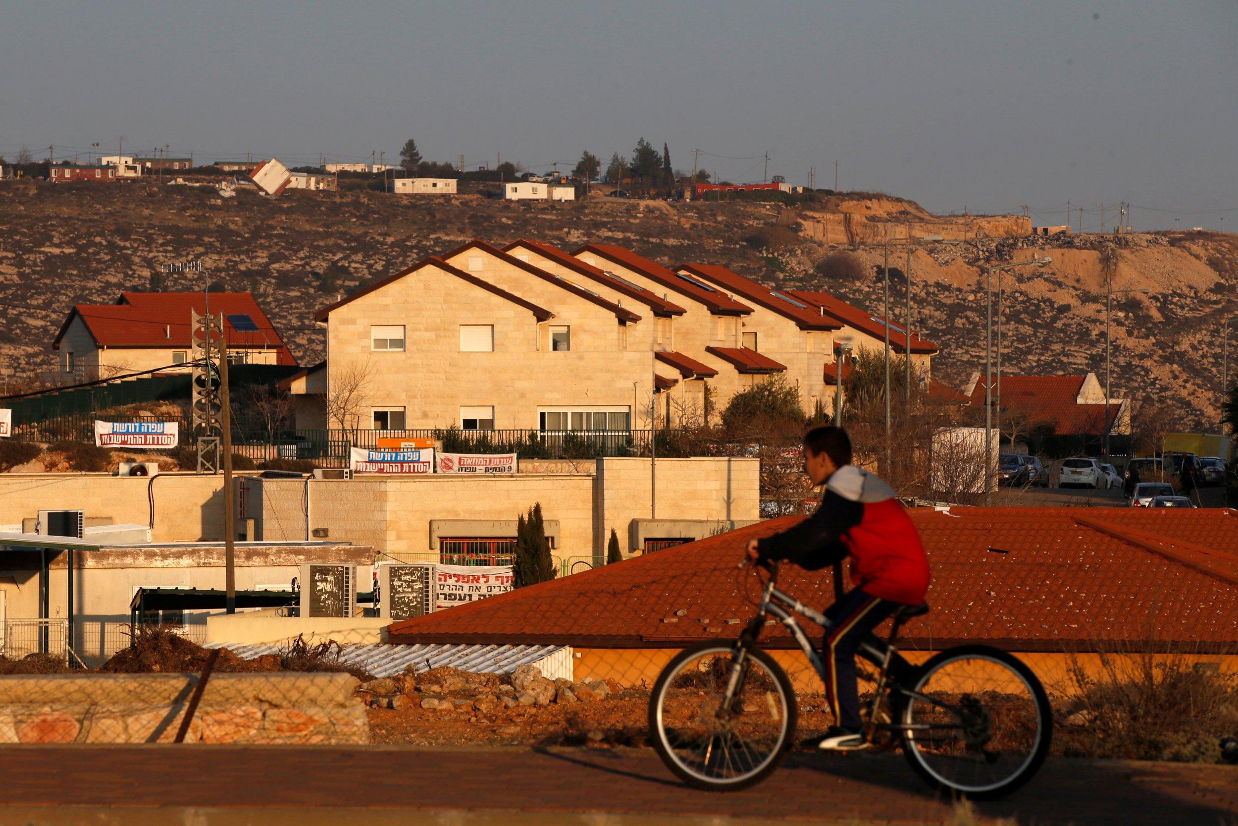 02_14_Israel_Settlement_01