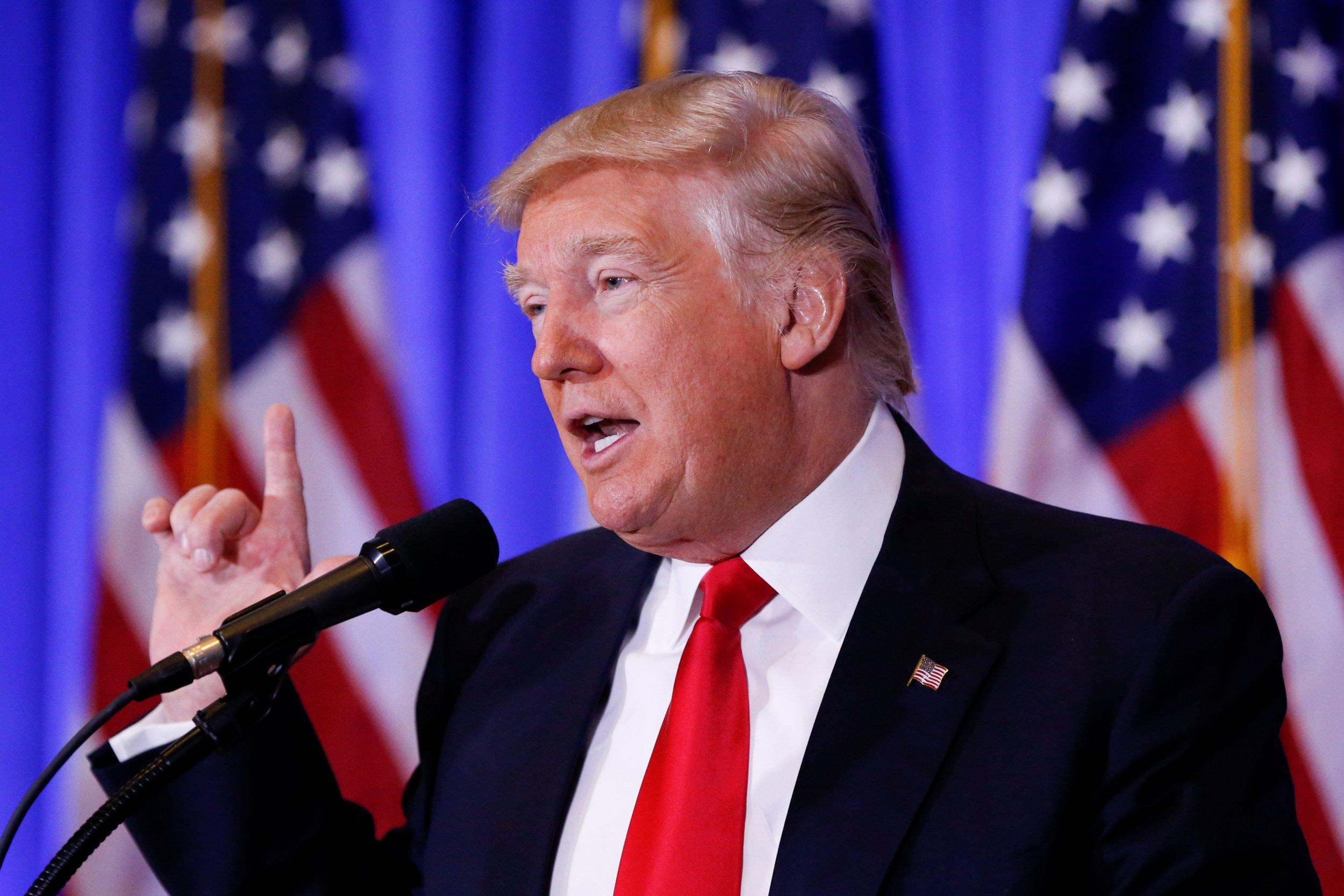 0216_Donald_Trump_press_conference_01
