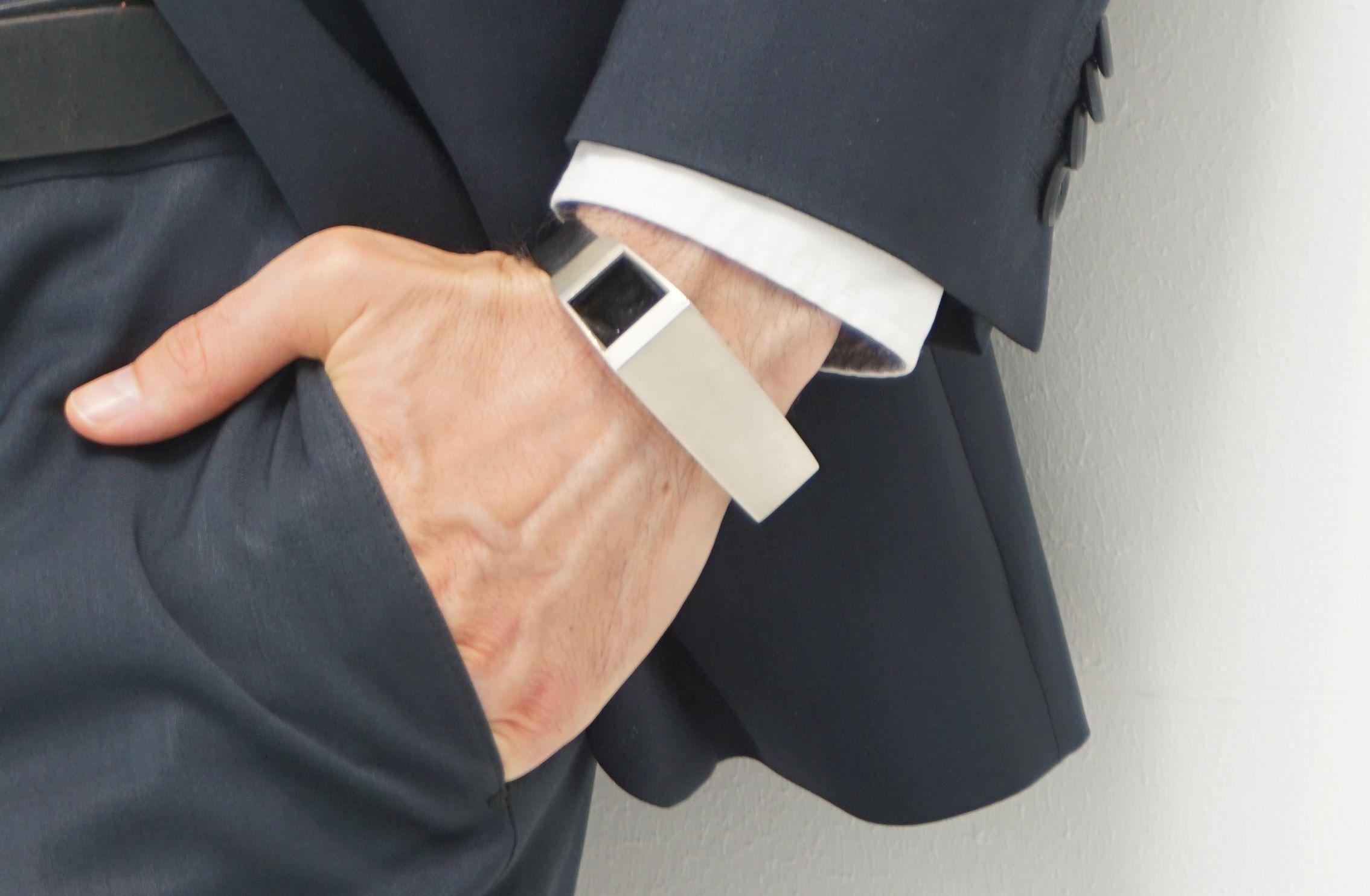 wearable technology smart bracelet pregnancy Fibo