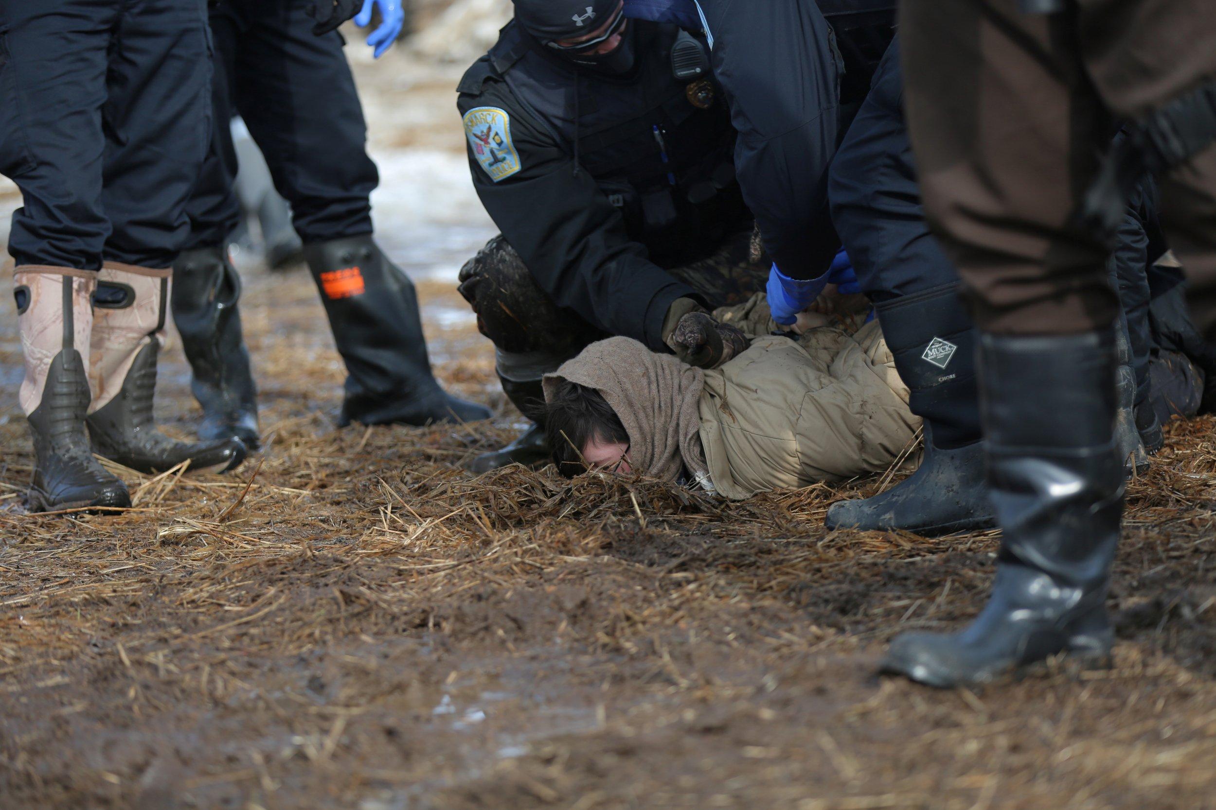 Dakota Pipeline Arrests