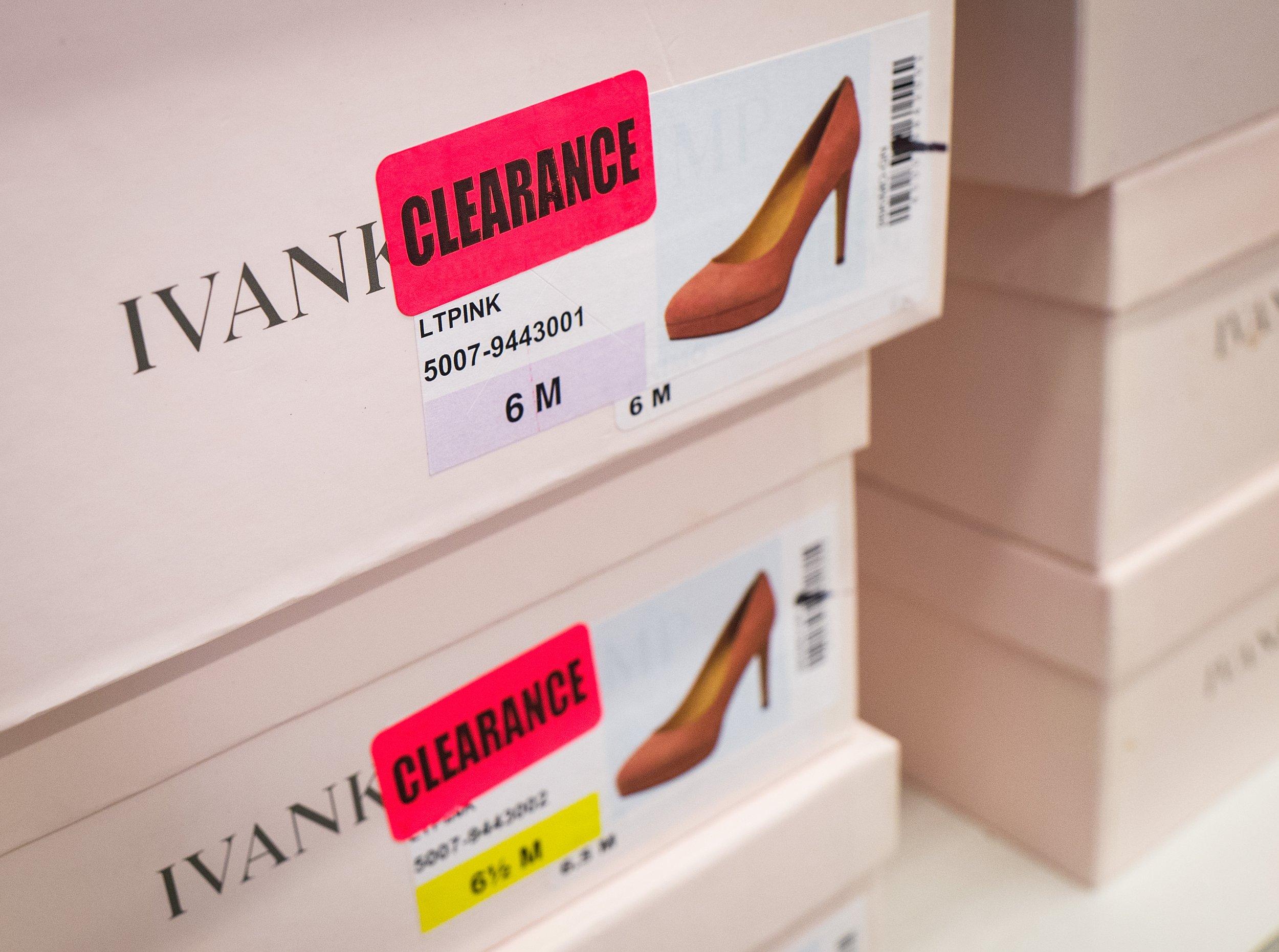 02_27_Ivanka_Shoes_01