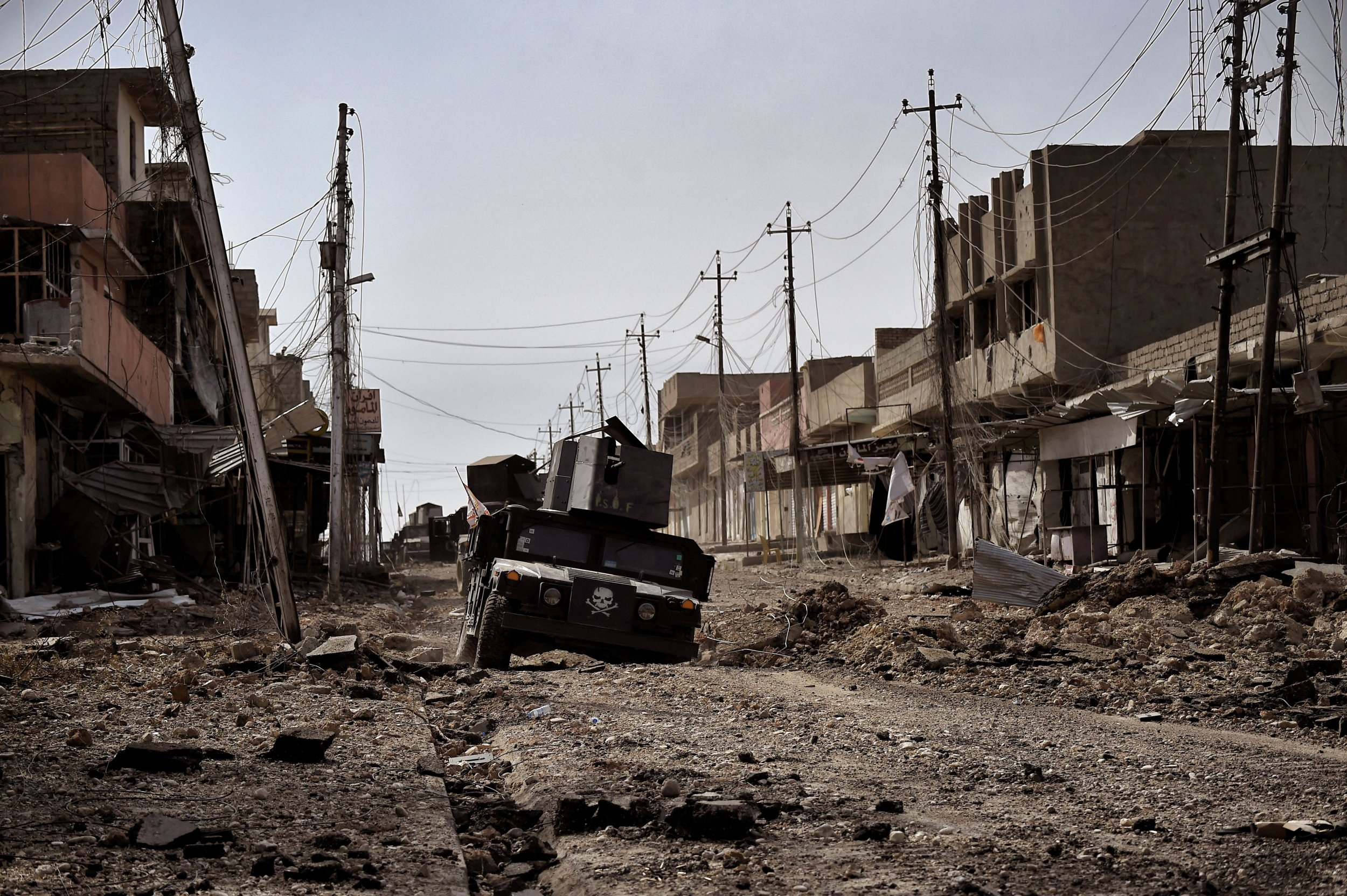Iraqi Forces Block ISIS's Escape Route in Western Mosul