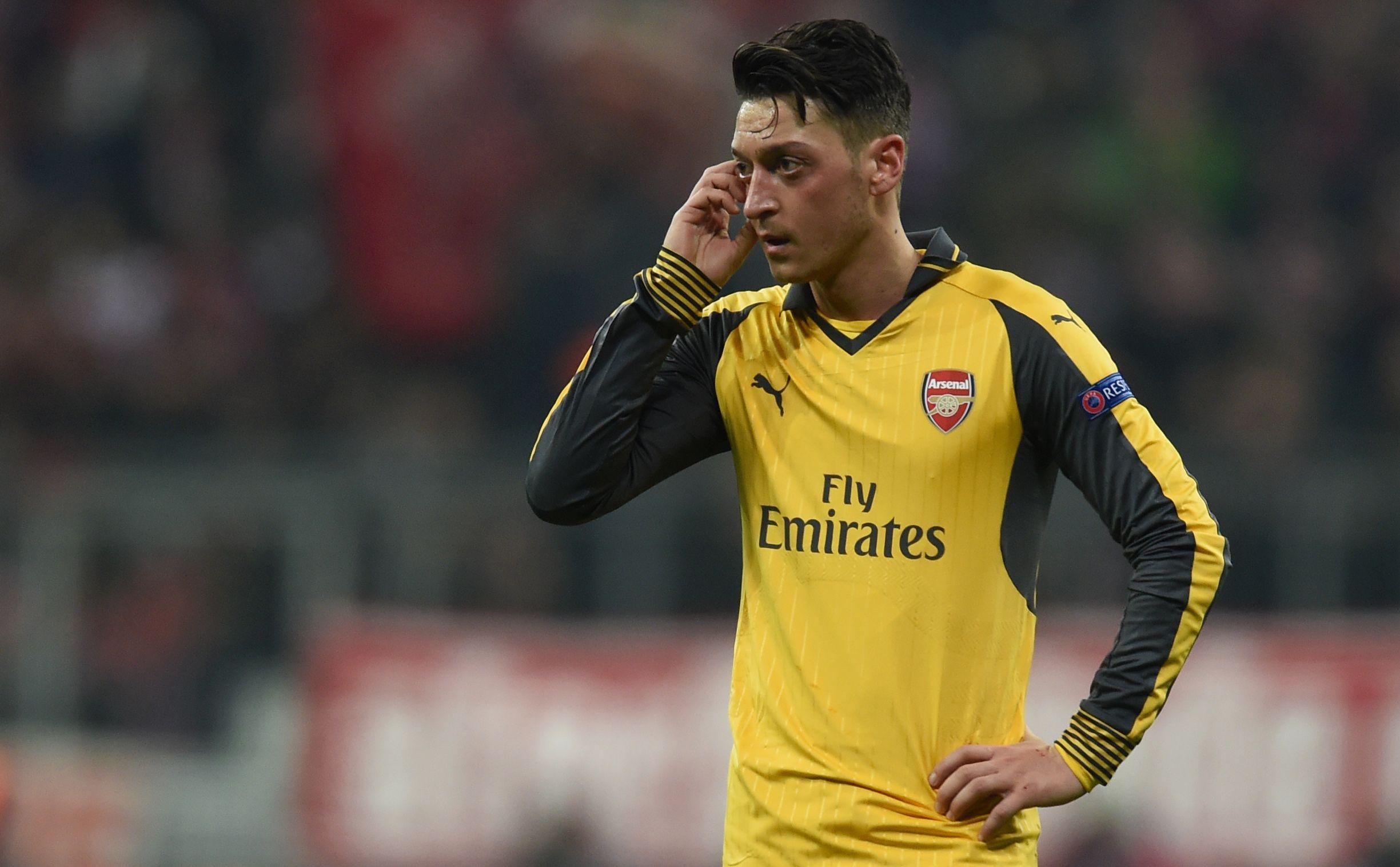 Arsenal: Mesut Ozil Reveals How he Signed for Arsène Wenger