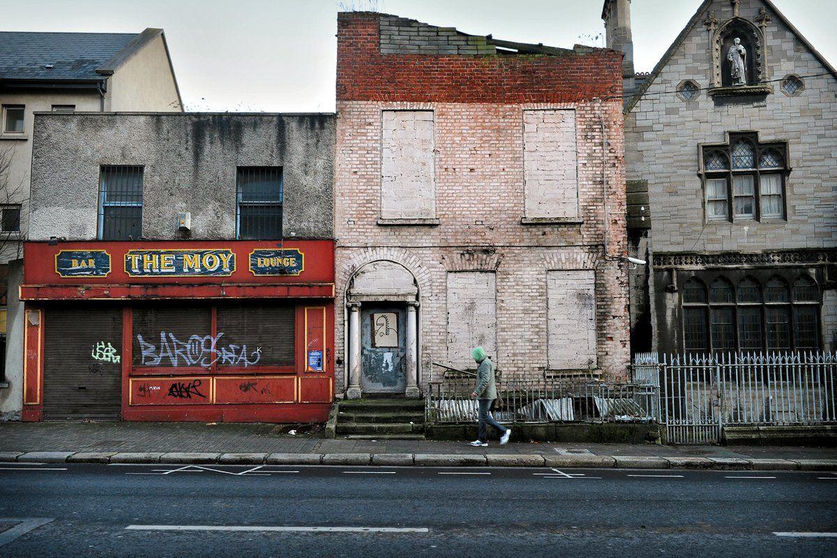 ireland-crisis-ov30-hsmall