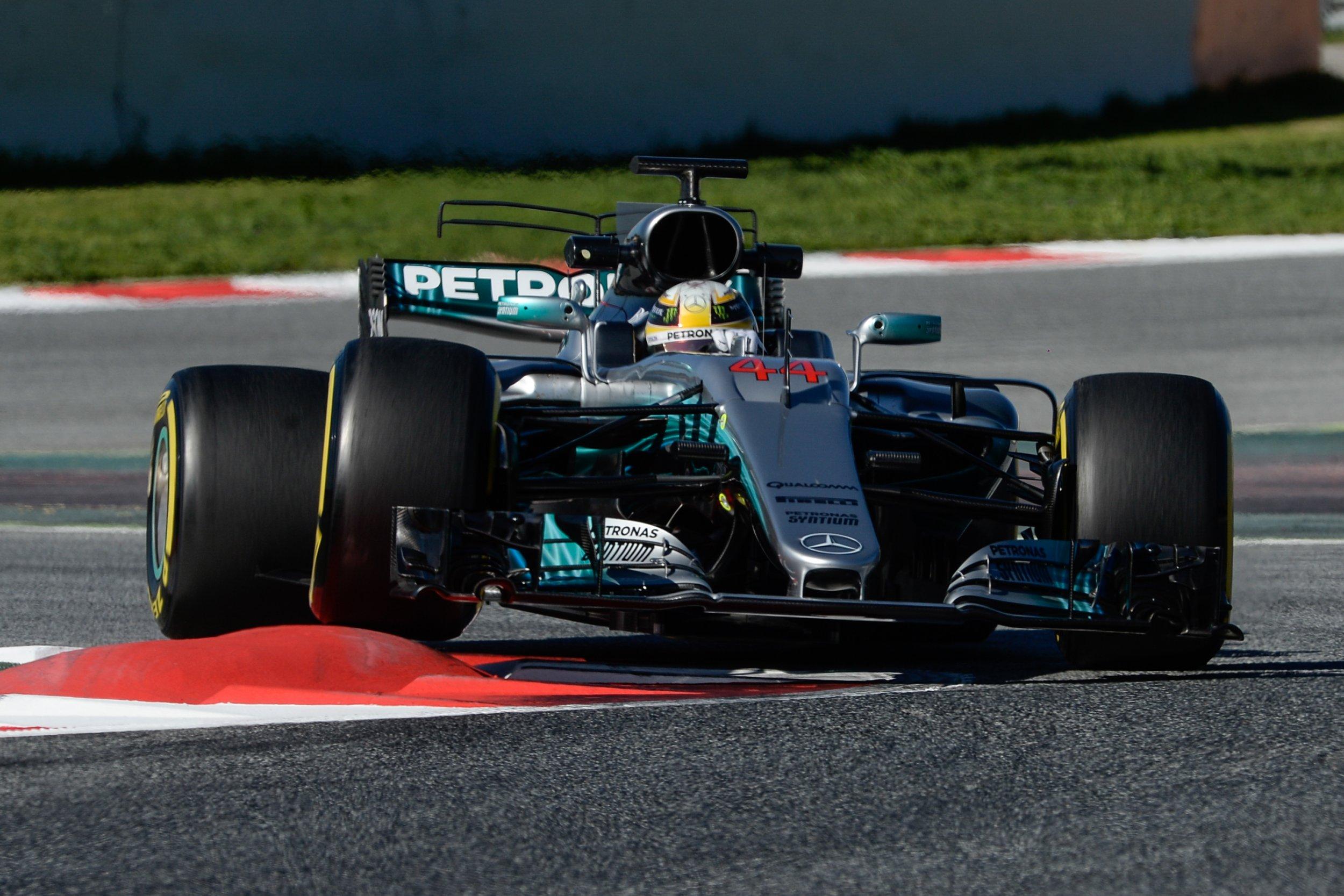 Lewis Hamilton Names Favorite For 2017 Formula One Season