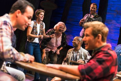 [1]_The cast of COME FROM AWAY, Photo by Matthew Murphy, 2016 (1)