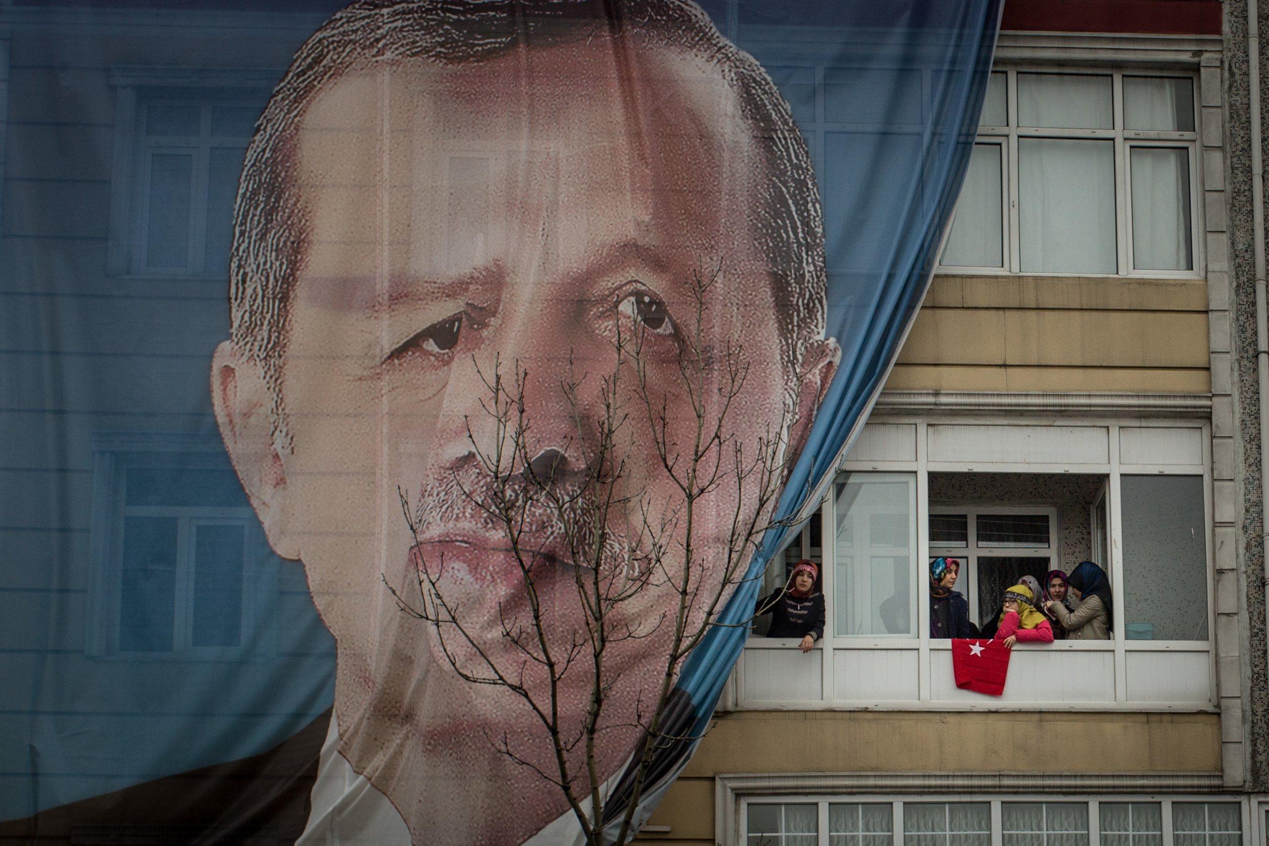 03_15_Erdogan_Dutch_01