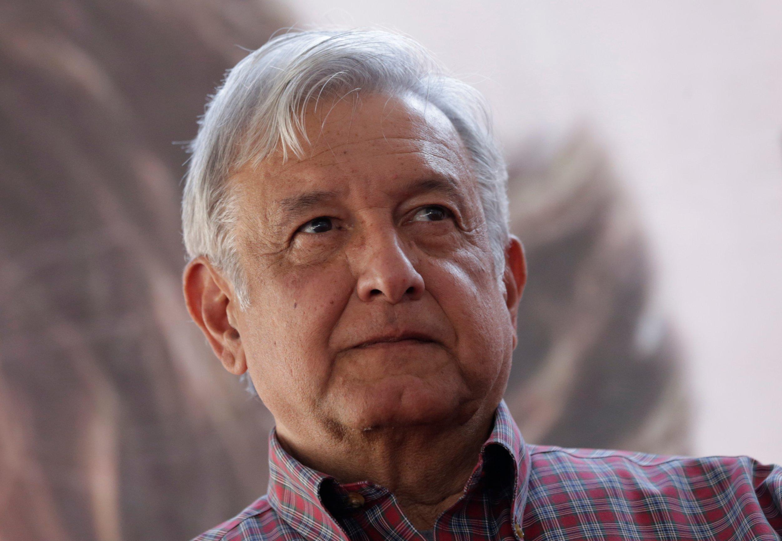 Mexico presidential hopeful files complaint against trump u s border wall