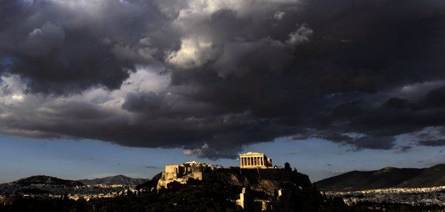 greece-economy-theil-ISS04-wide