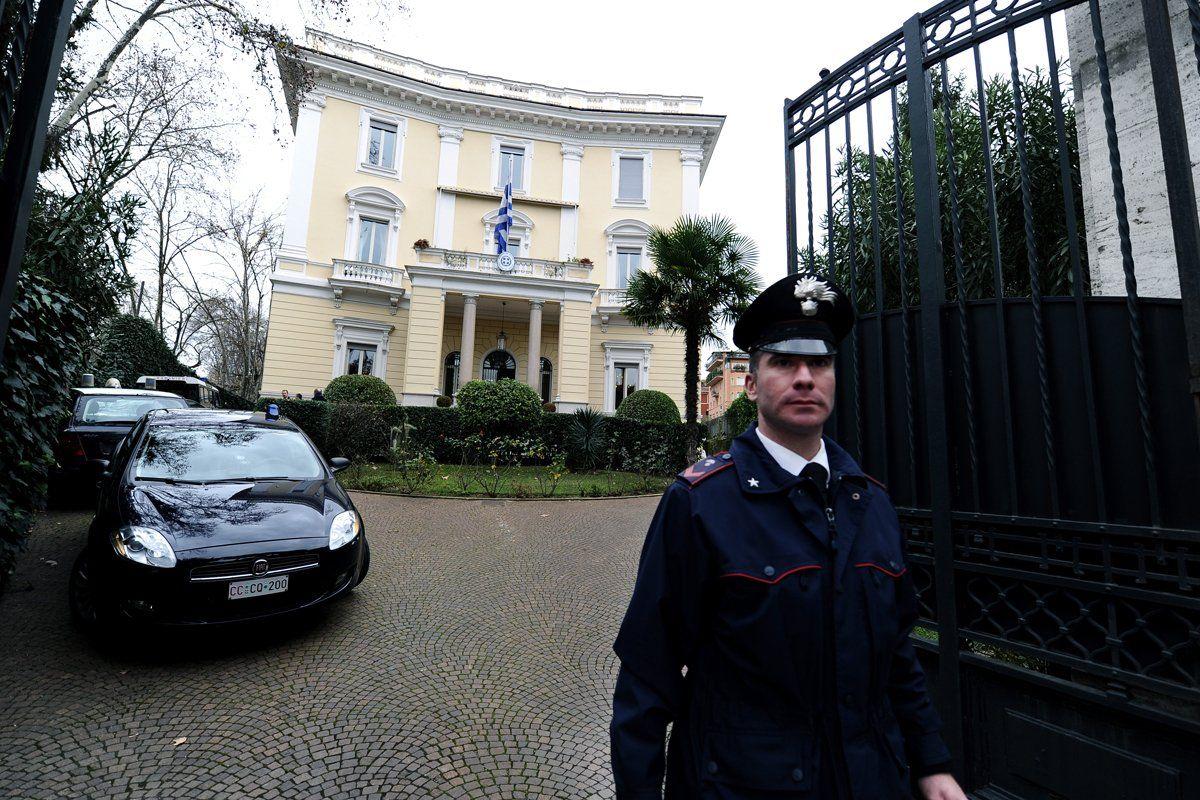 italy-greek-embassy-bomb-hsmall