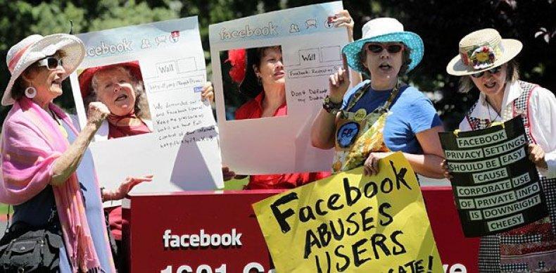 LIST-worst-trends-facebook-privacy.jpg