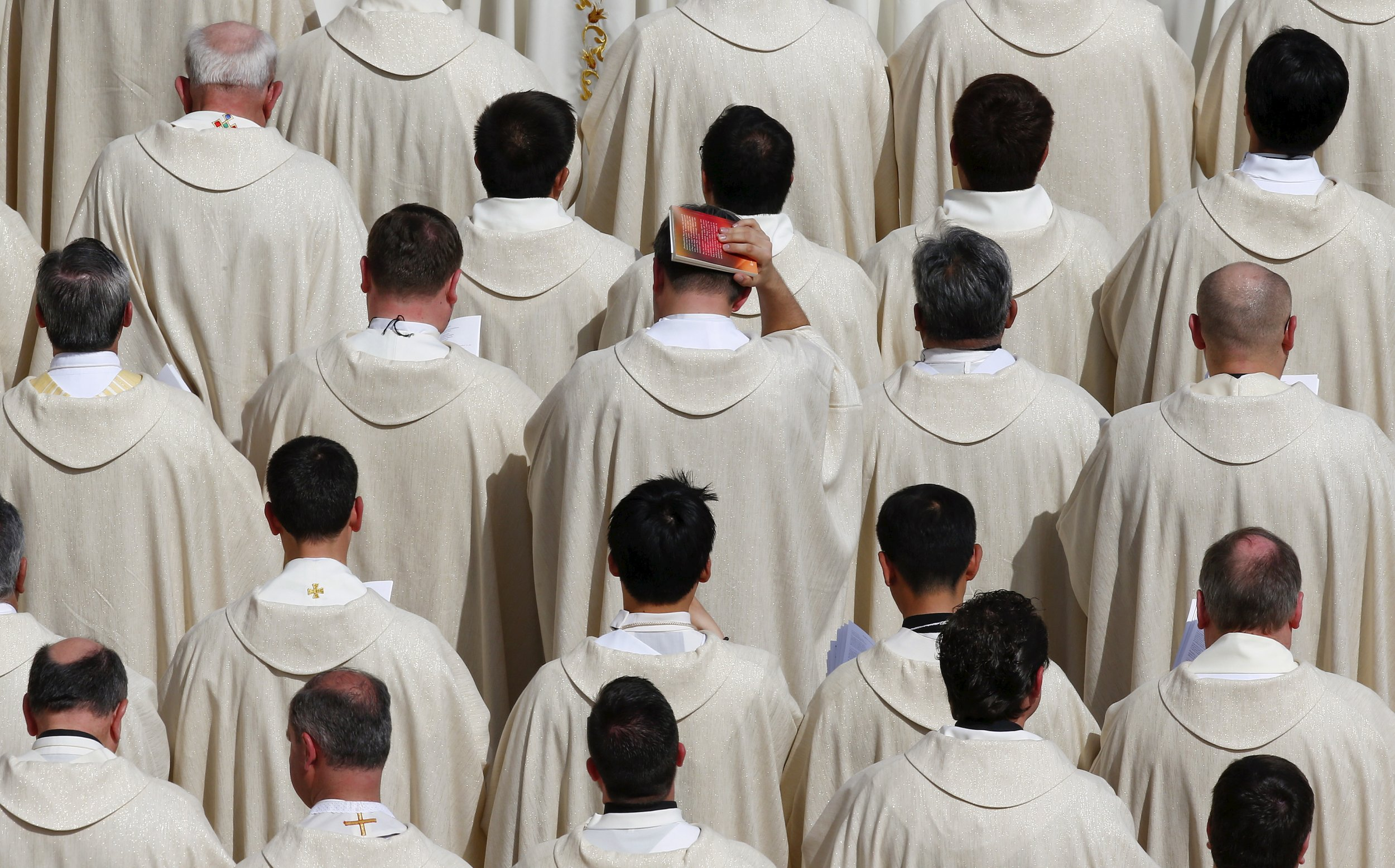 0320_Pope_Francis_married_priests