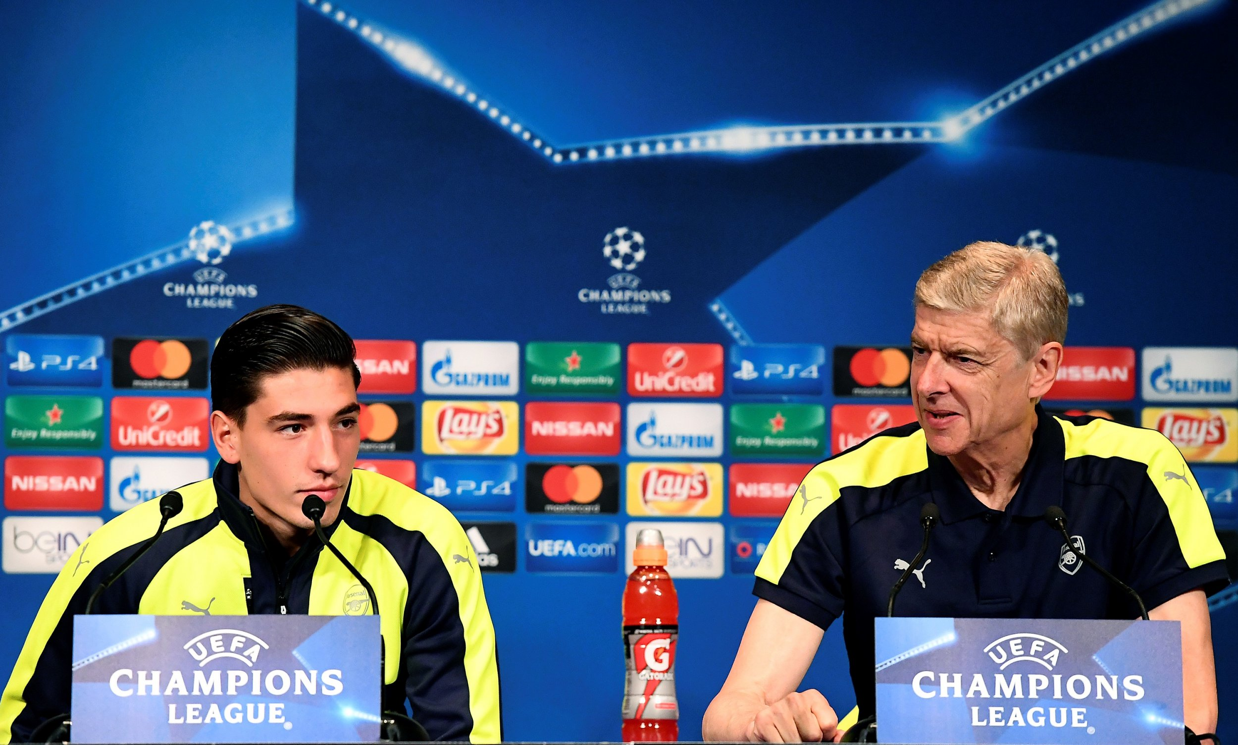 Arsenal defender Hector Bellerin, left, with manager Arsene Wenger.