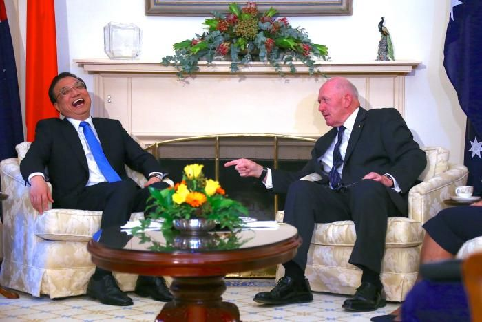 Li Keqiang and Peter Cosgrove