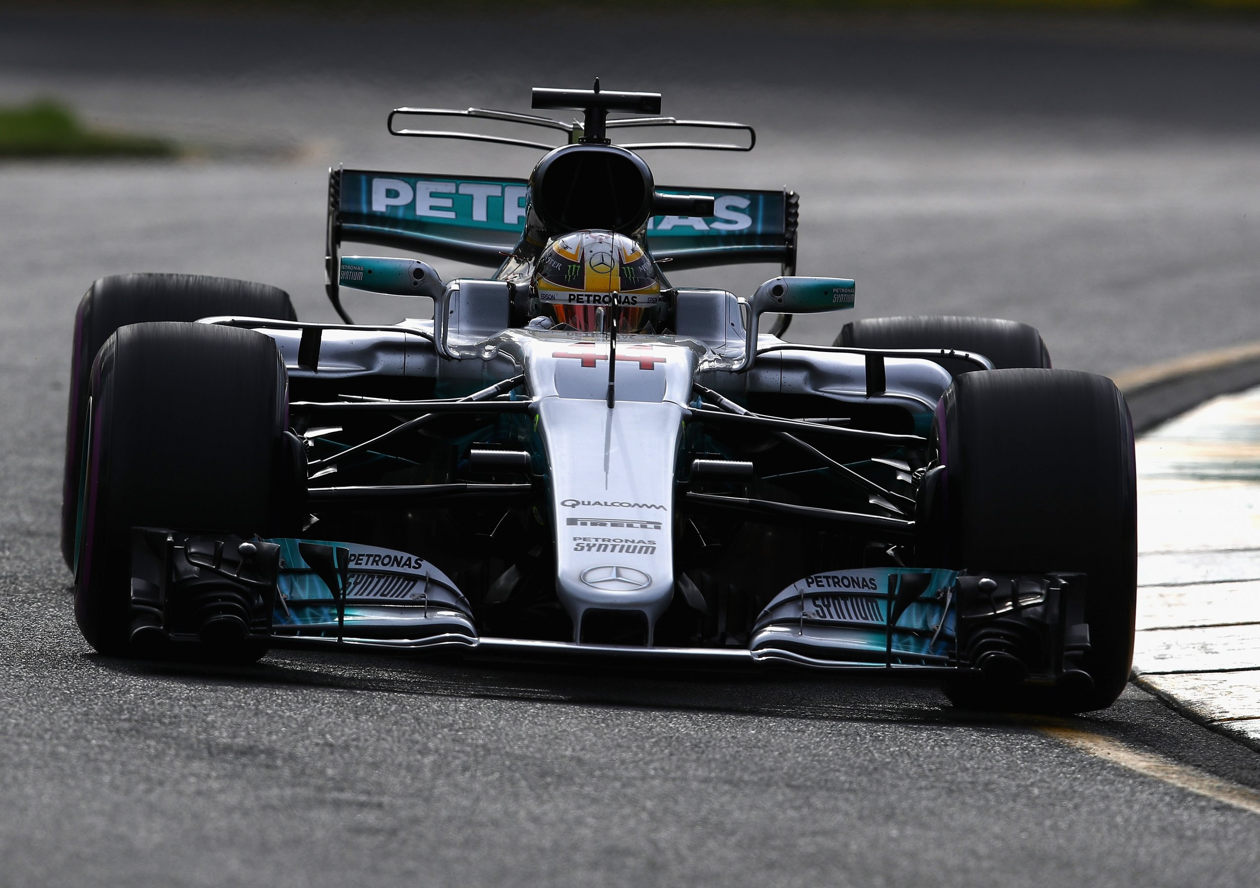 australian grand prix 2017 conclusions from opening day of practice as lewis hamilton dominates. Black Bedroom Furniture Sets. Home Design Ideas