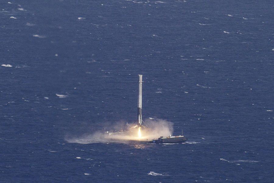spacex rocket landing elon musk
