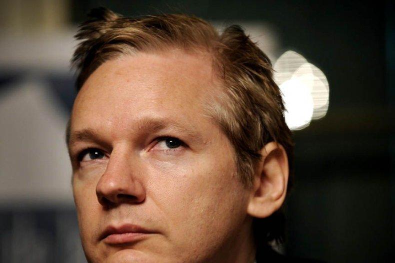 LIST-wikileaks-questions-assange-hsmall