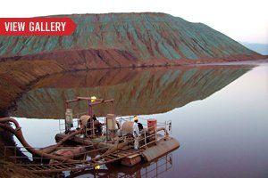 gal-tease-environmental-disasters