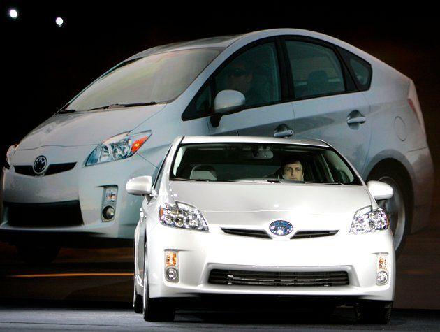most-fuel-effficent-cars-2010-prius