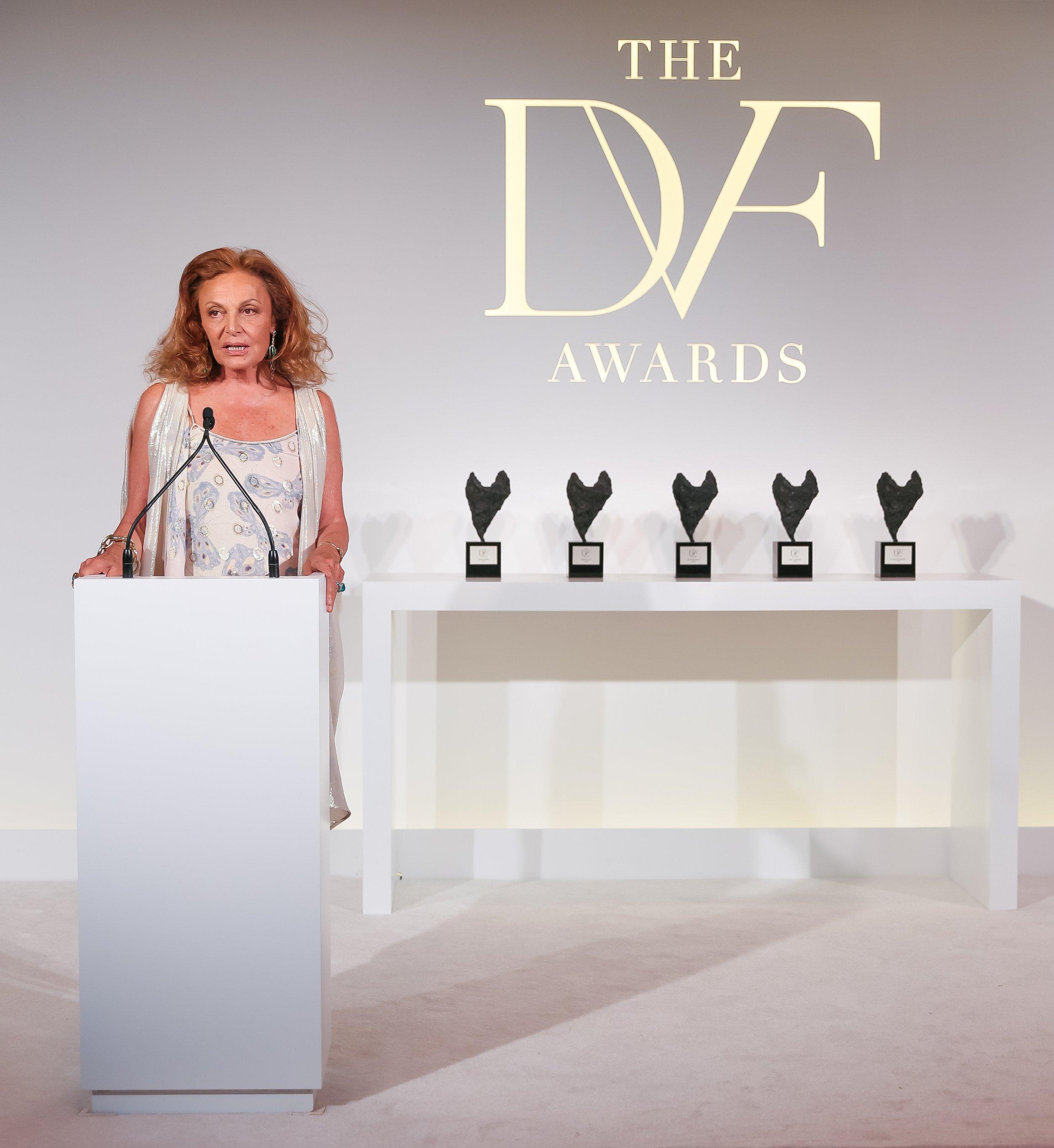diane_von_furstenberg_awards_0404