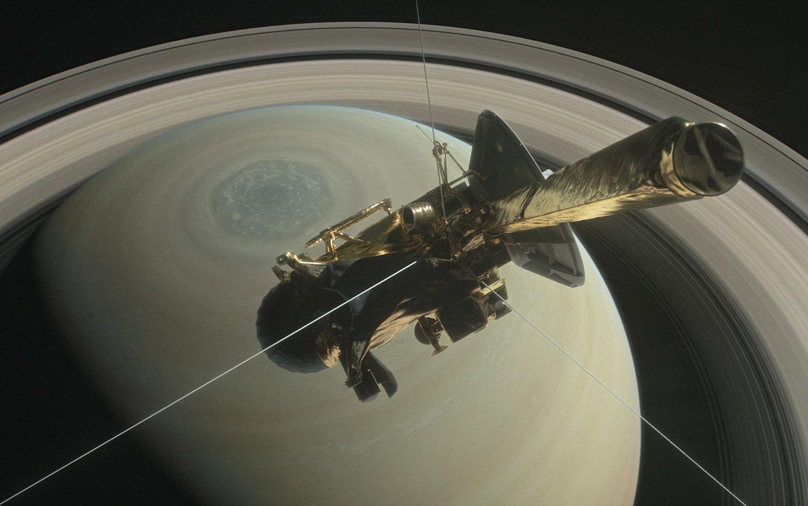 Nasa Cassini probe crash saturn