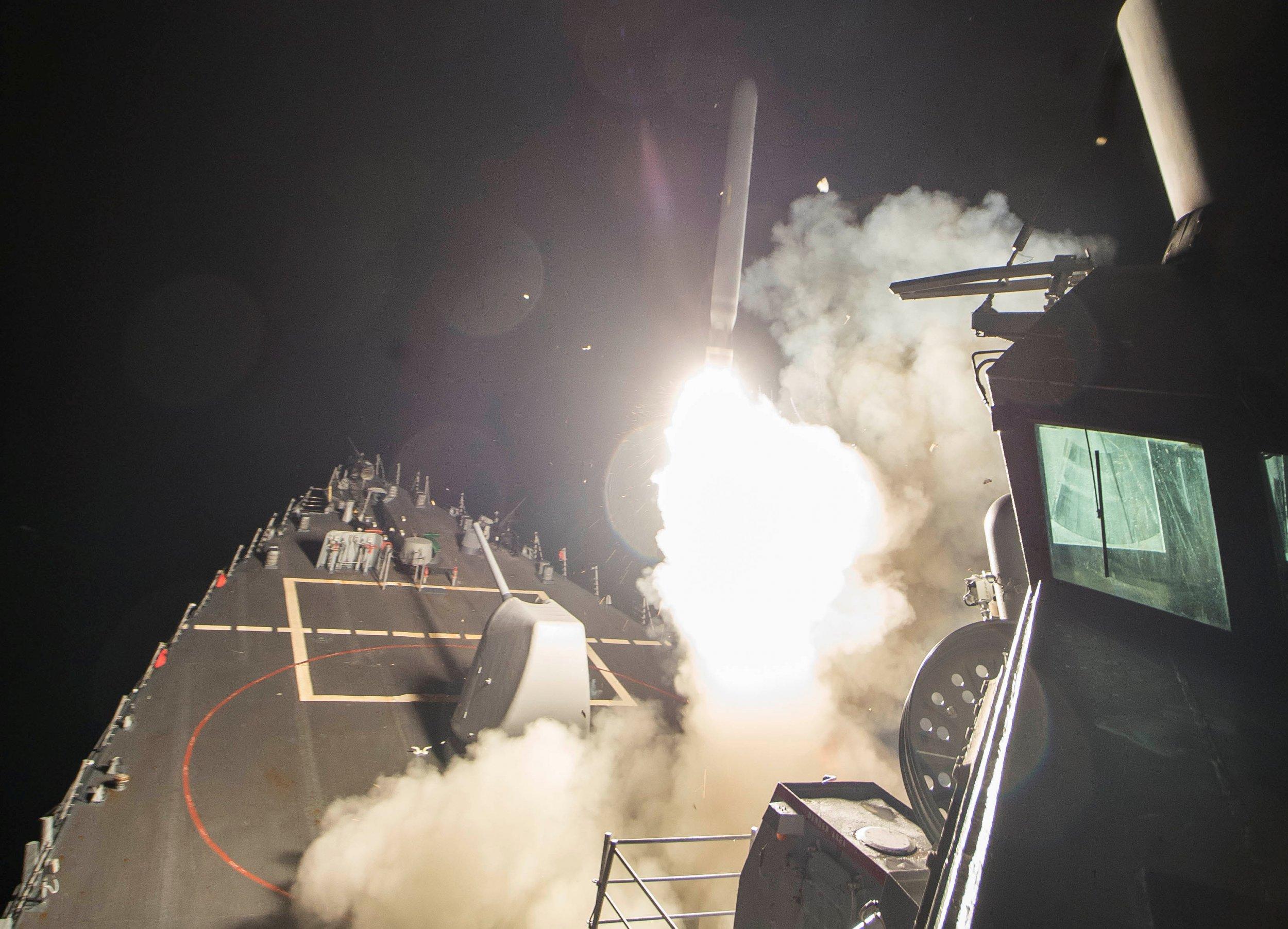 USS Ross Tomahawk