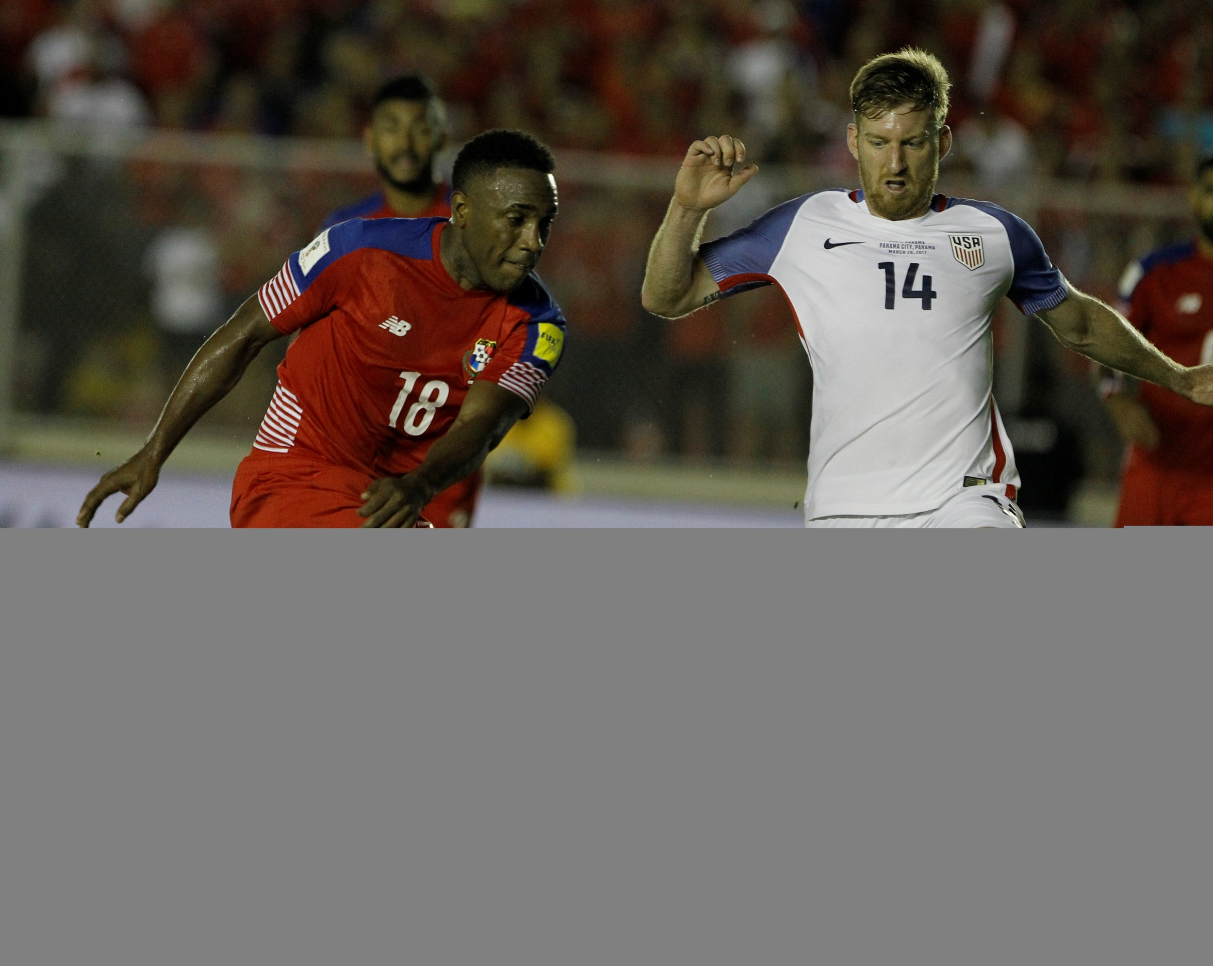 Tim Ream of the United States, right, in action against Panama in Panama City, March 28.