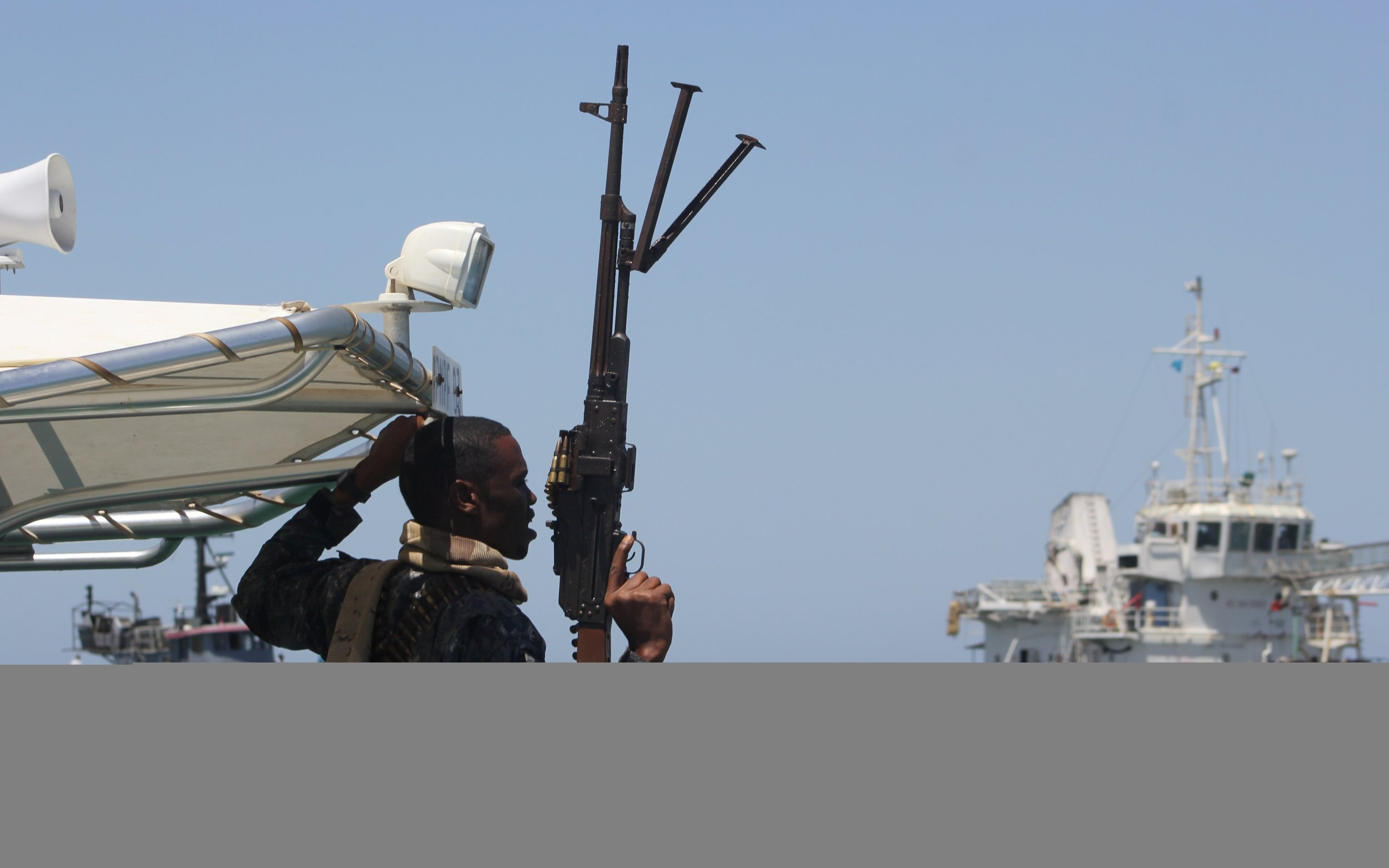 Somalia boat freed by pirates