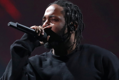 Kendrick Lamar taps Rihanna and U2 for only features on new album, Damn.