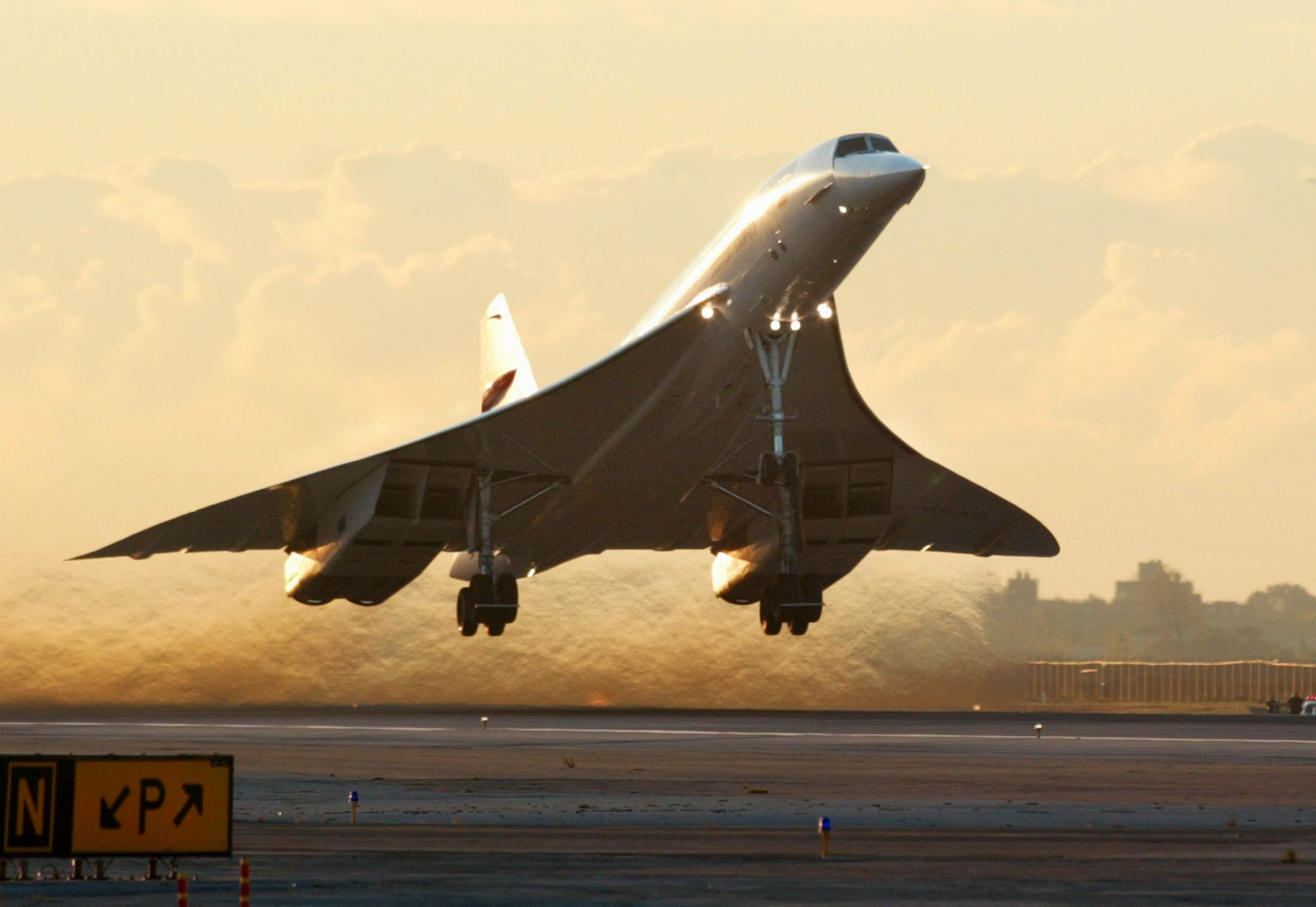 04_14_Supersonic_Flight_01